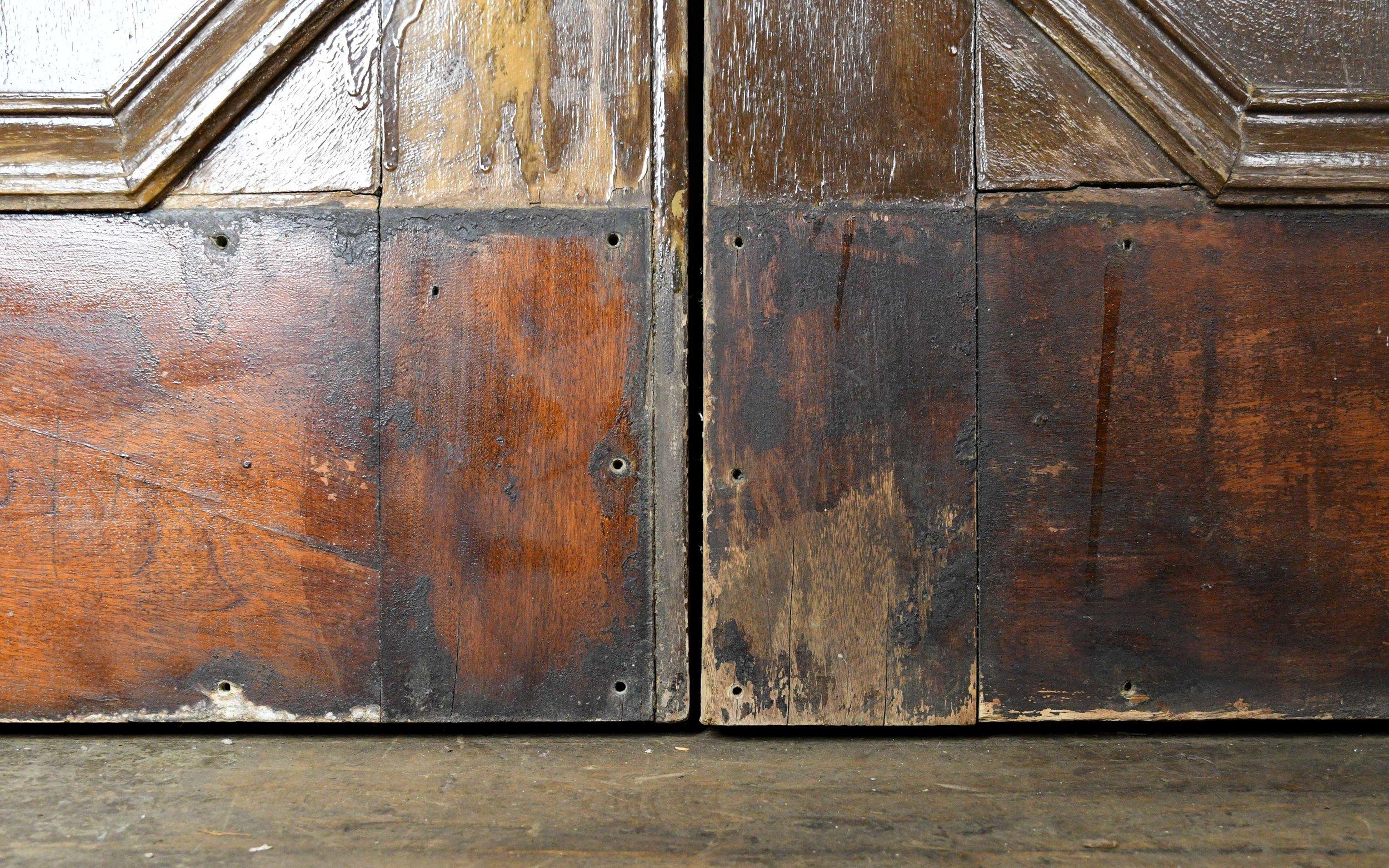 47974-walnut-double-doors-bottom-detail.jpg