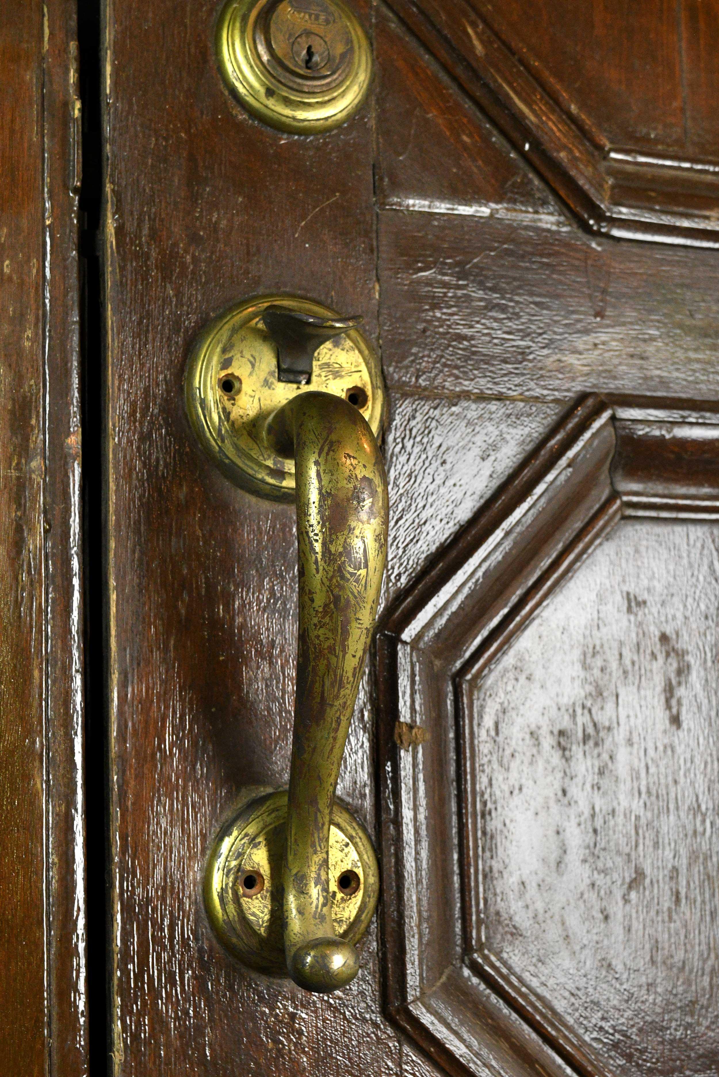 47974-walnut-double-door-handle.jpg