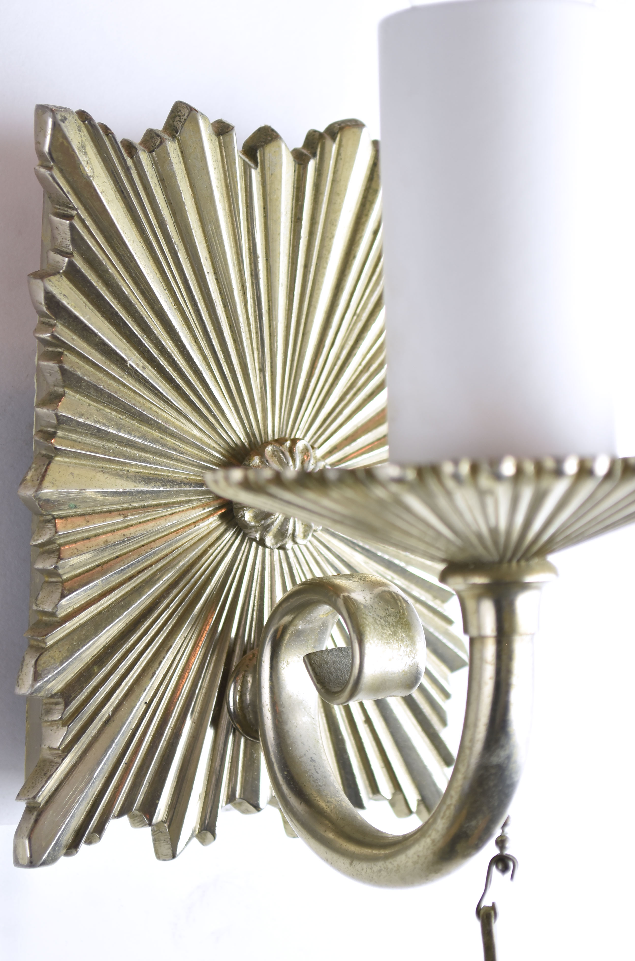 47901-silver-plated-lead-caldwell-sconce-back-plate.jpg