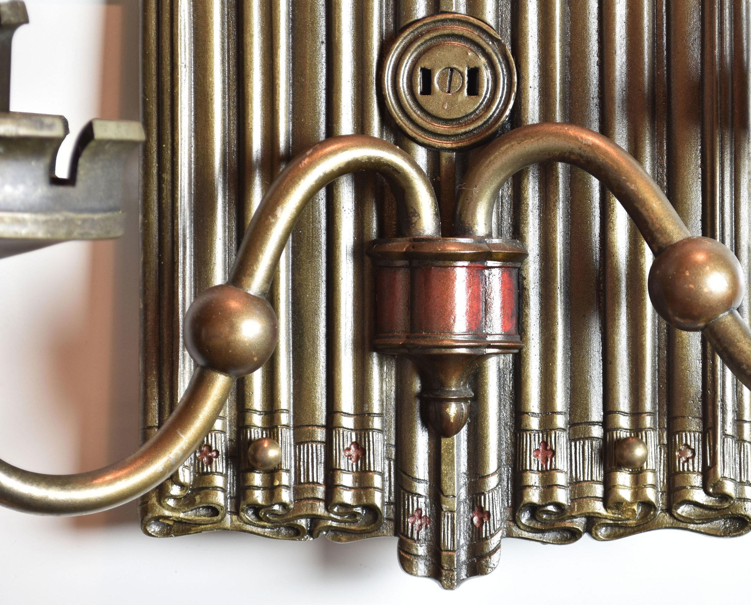 48024_brass_tudor_linenfold_detail3.jpg
