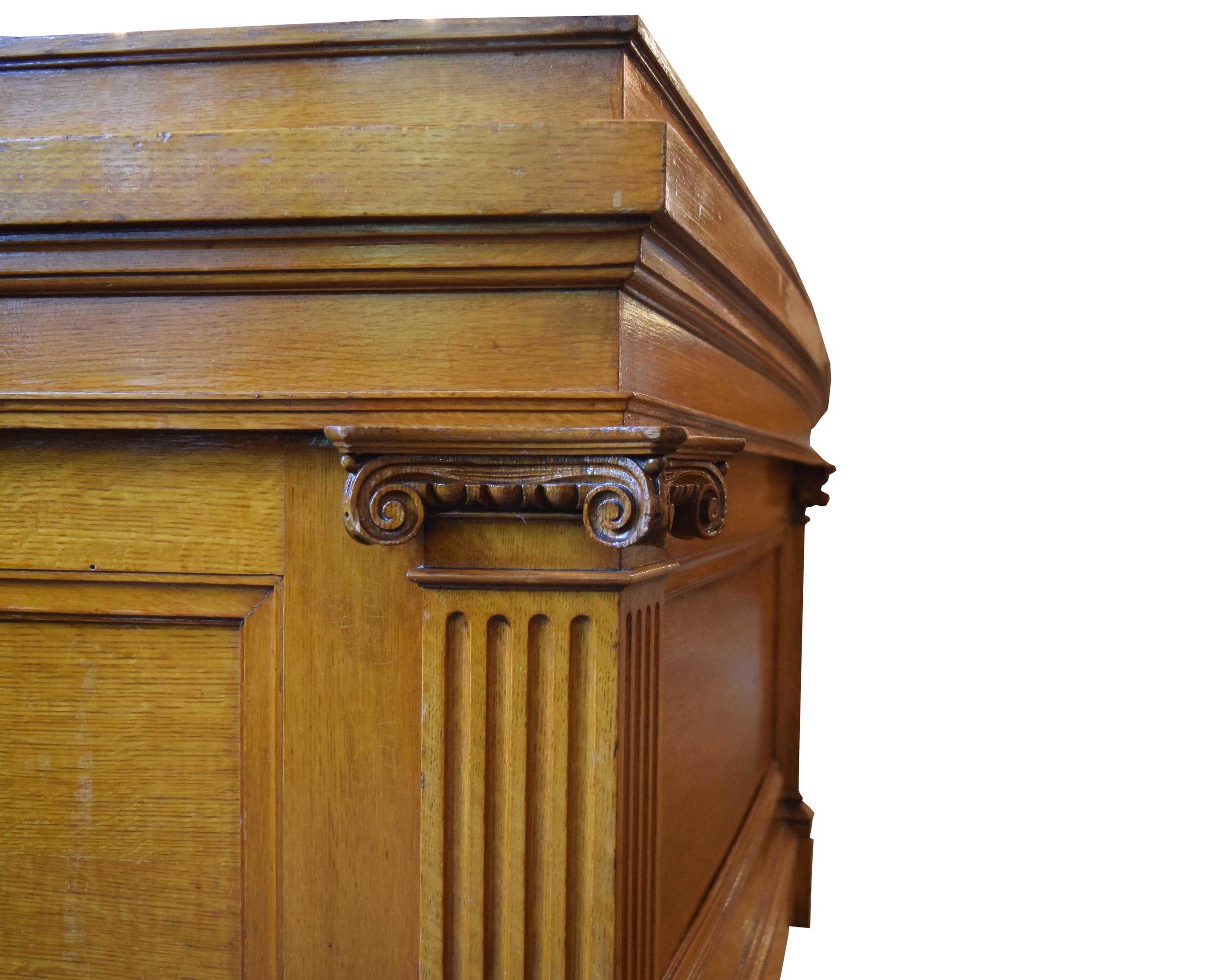 47981_oak_judges_bench_detail2.jpg