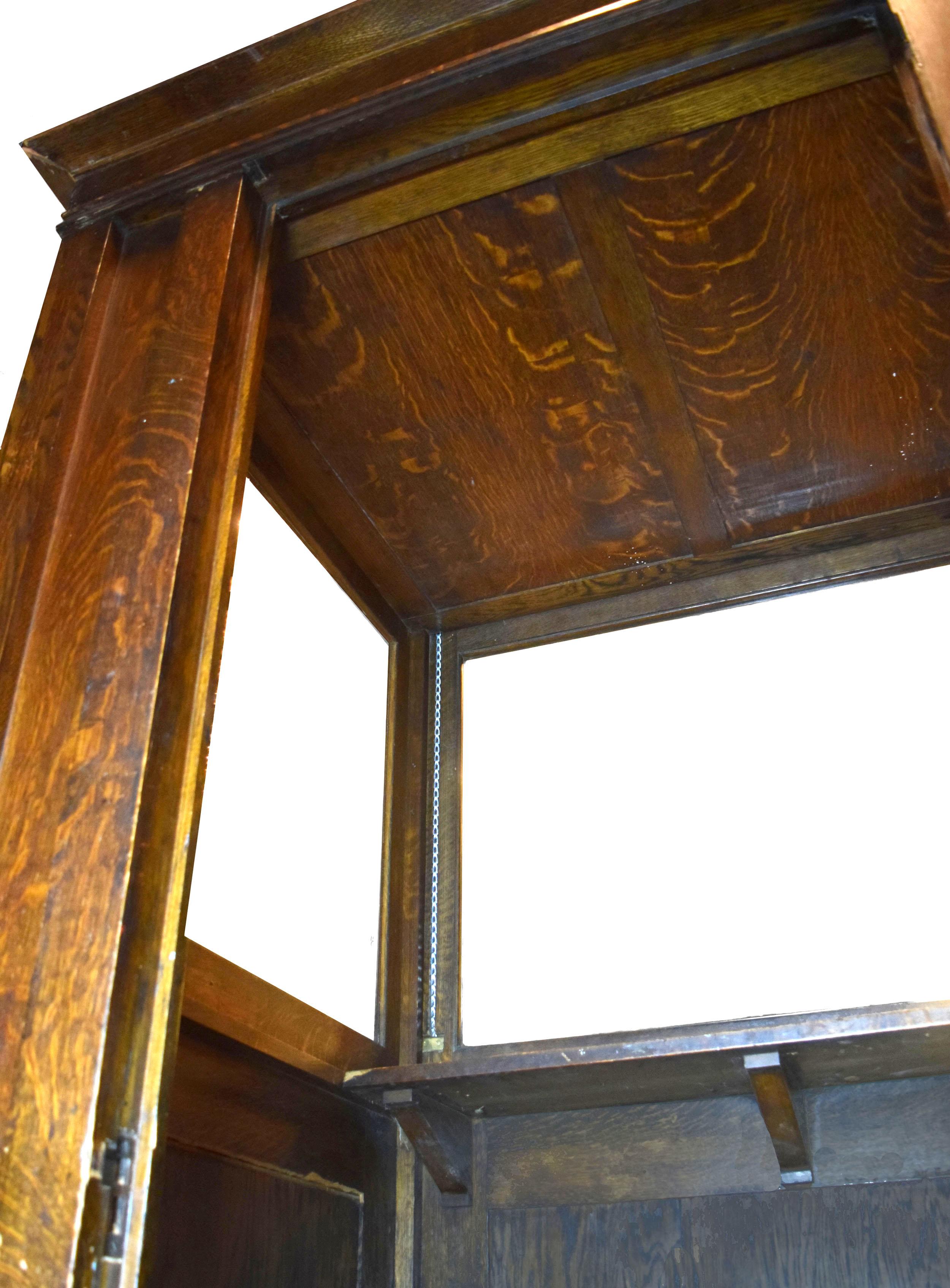 48050-ticket-booth-interior-corner.jpg