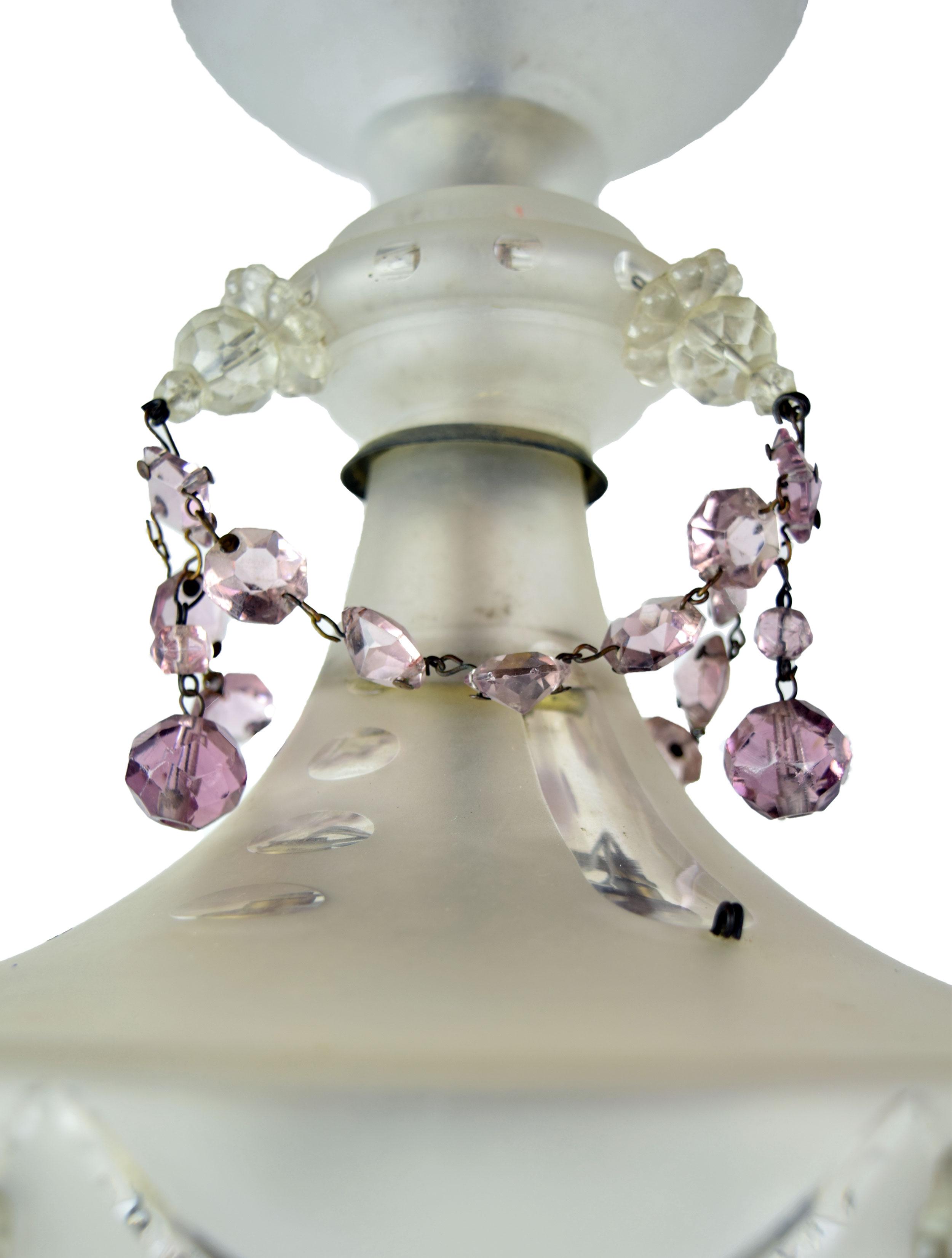 48083-glass-body-wedding-cake-jewel-closeup.jpg