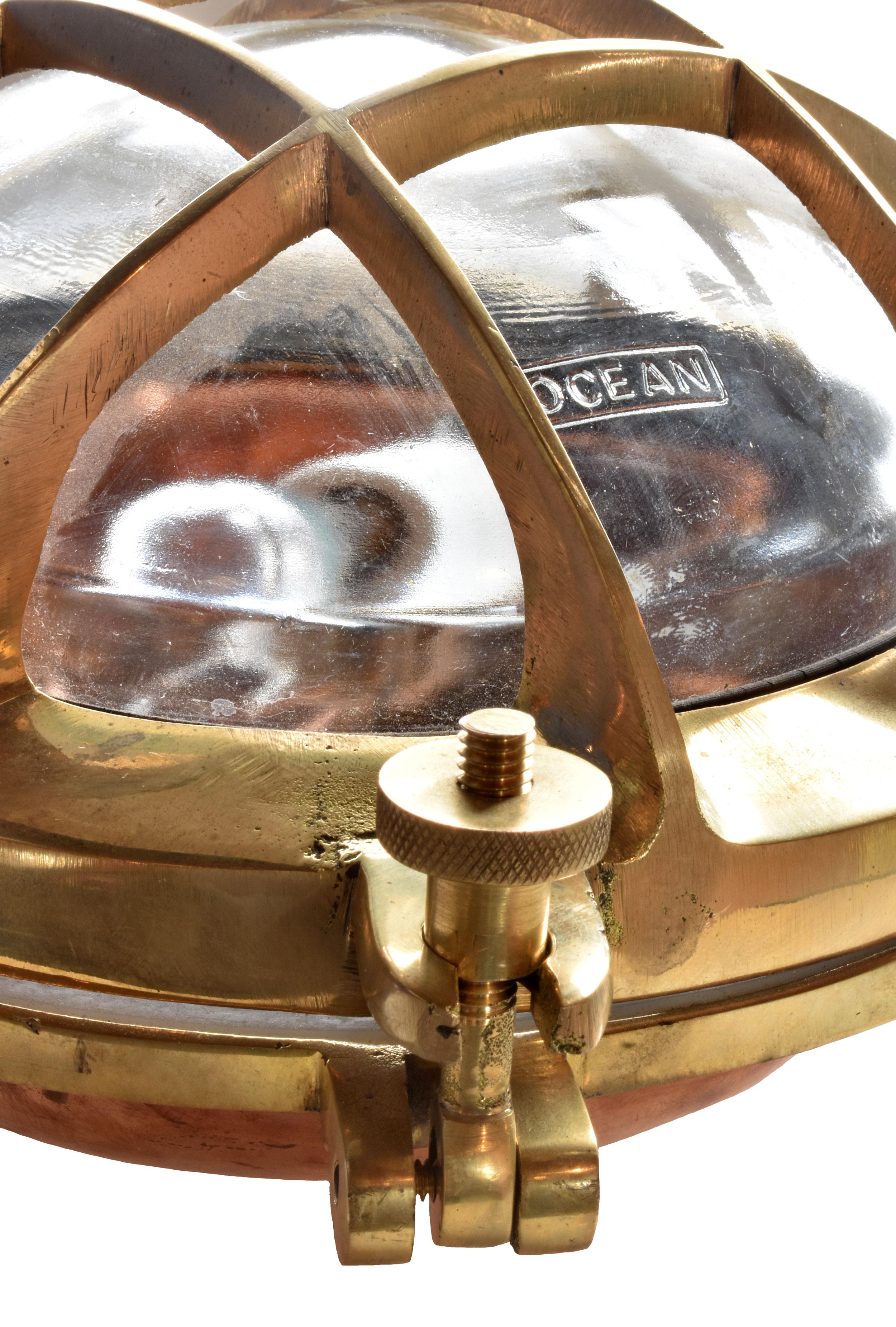 48092-3-sided-iron-sconce-closeup.JPG