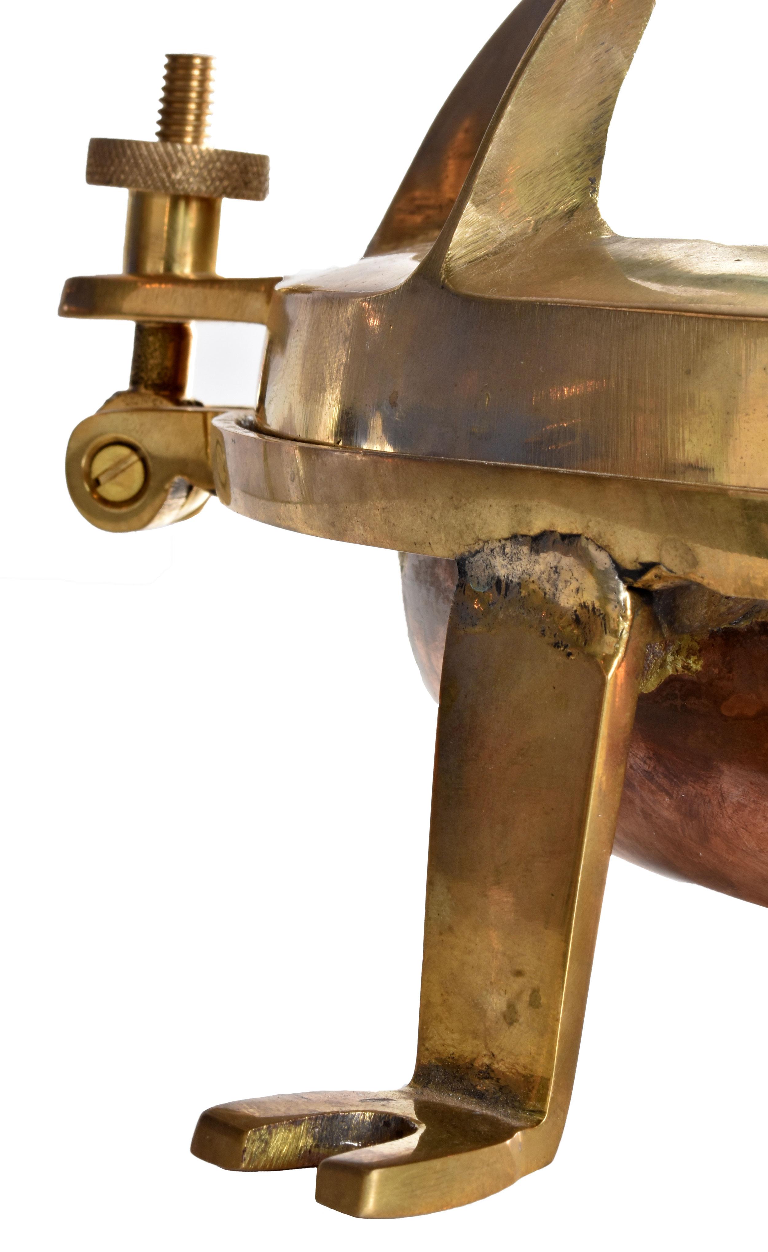 48092-3-sided-iron-sconce-leg.JPG