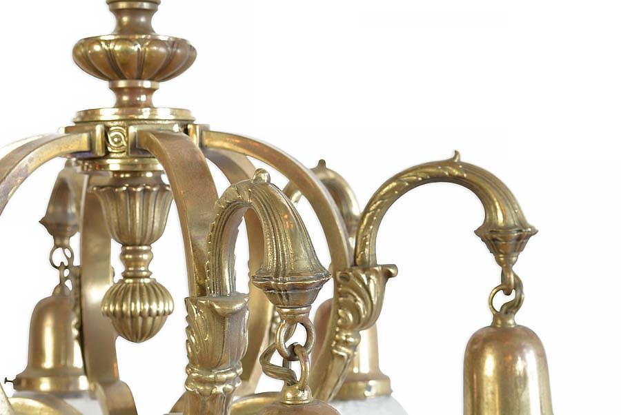 45270-6-shade-cast-brass-chandelier-with-finials-detail.jpg