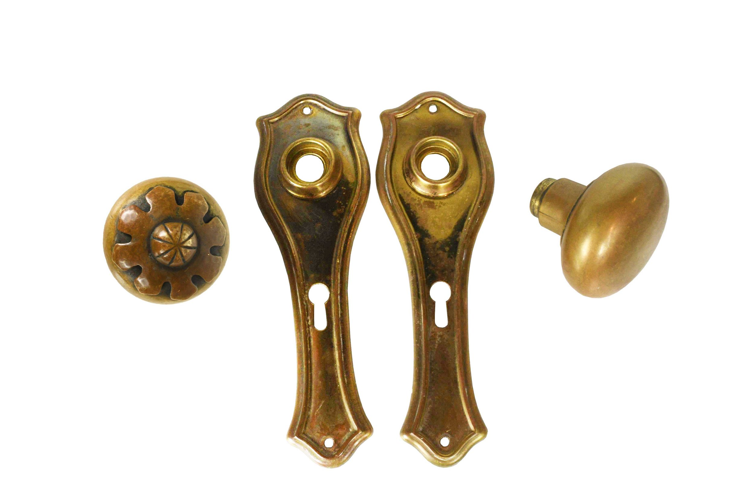 BRASS HARDWARE SET WITH CAST BRASS FLORAL KNOB AA#H20224   1 set available $140.00 for set