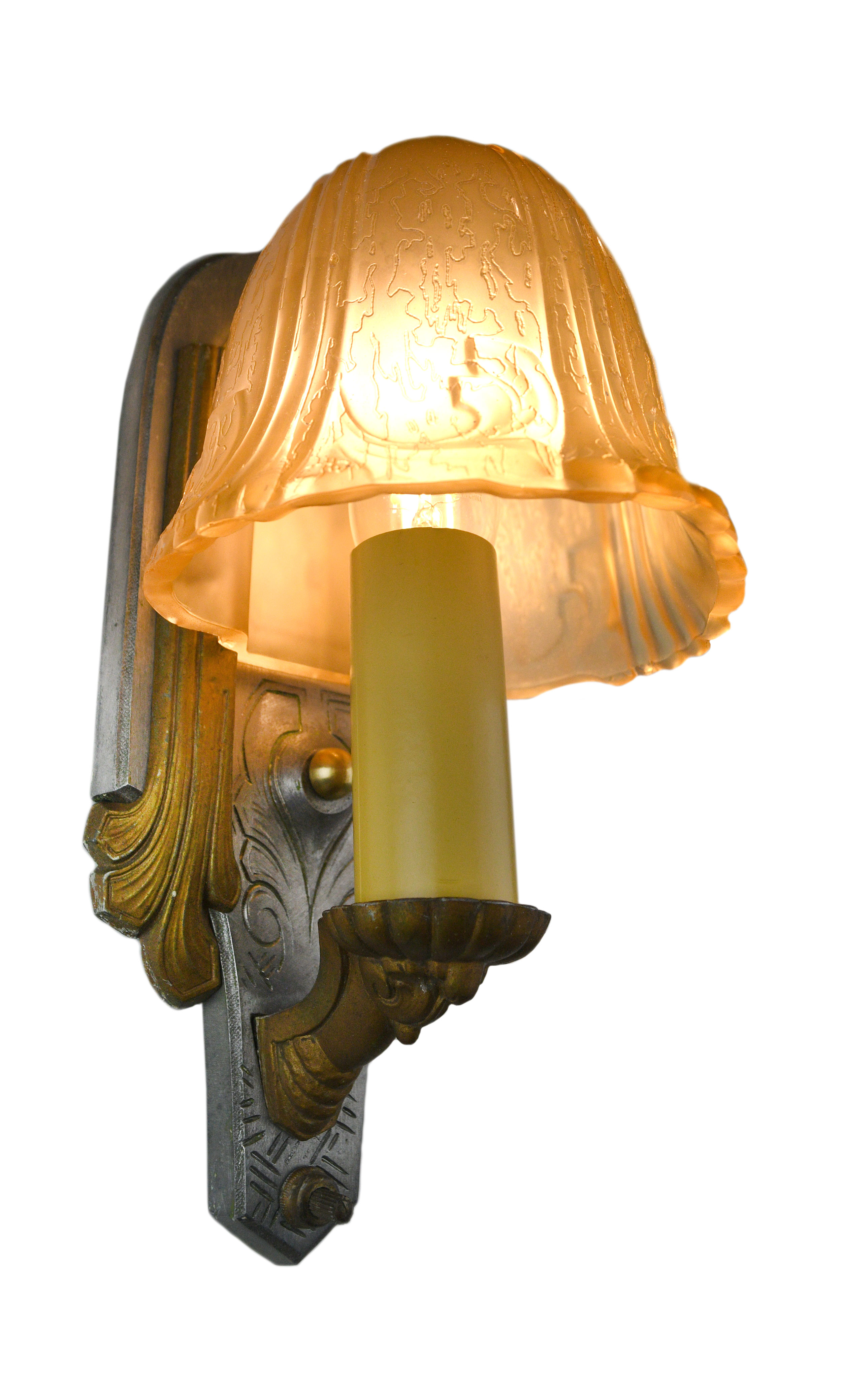 Riddle art deco slip shade sconce    Click here for more information