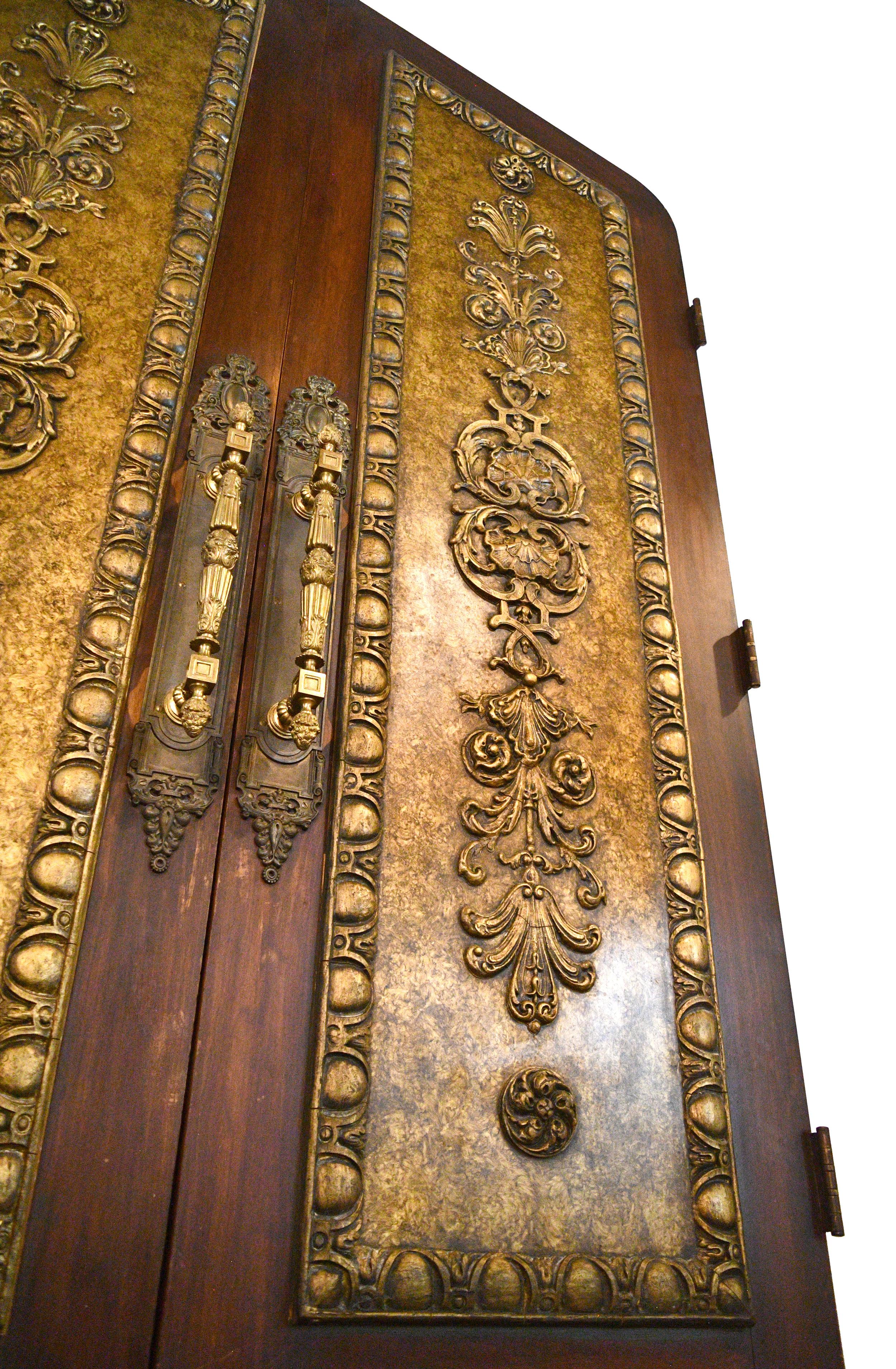 plaster-ornamentation-door-2.jpg