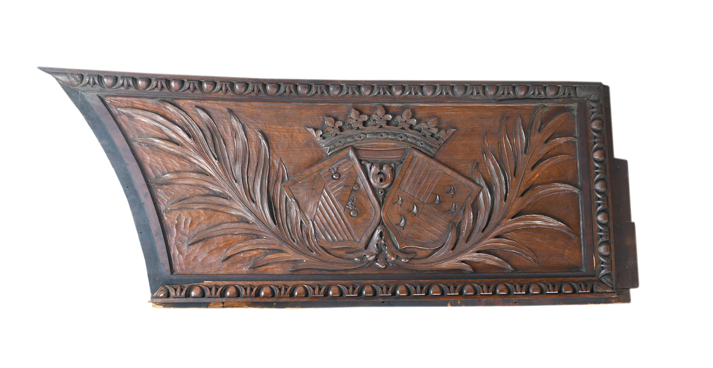 HISTORIC PITTSBURGH OLIVER HOUSE HAND CARVED COAT OF ARMS    Click here for more information