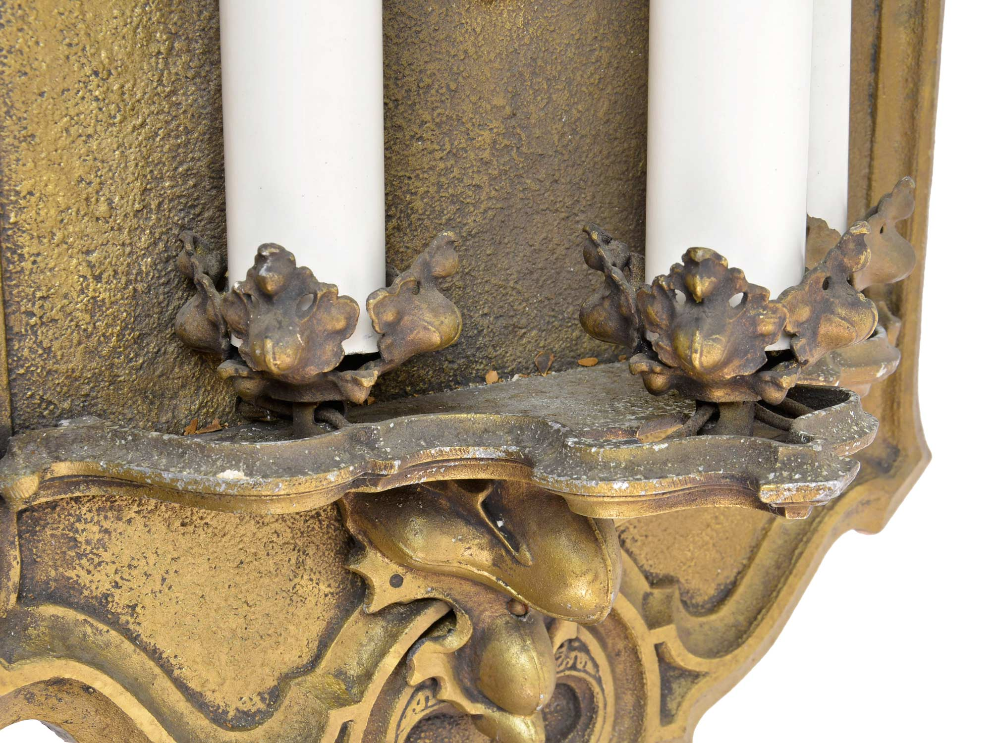 45948-gothic-3-candle-sconce-detail.jpg