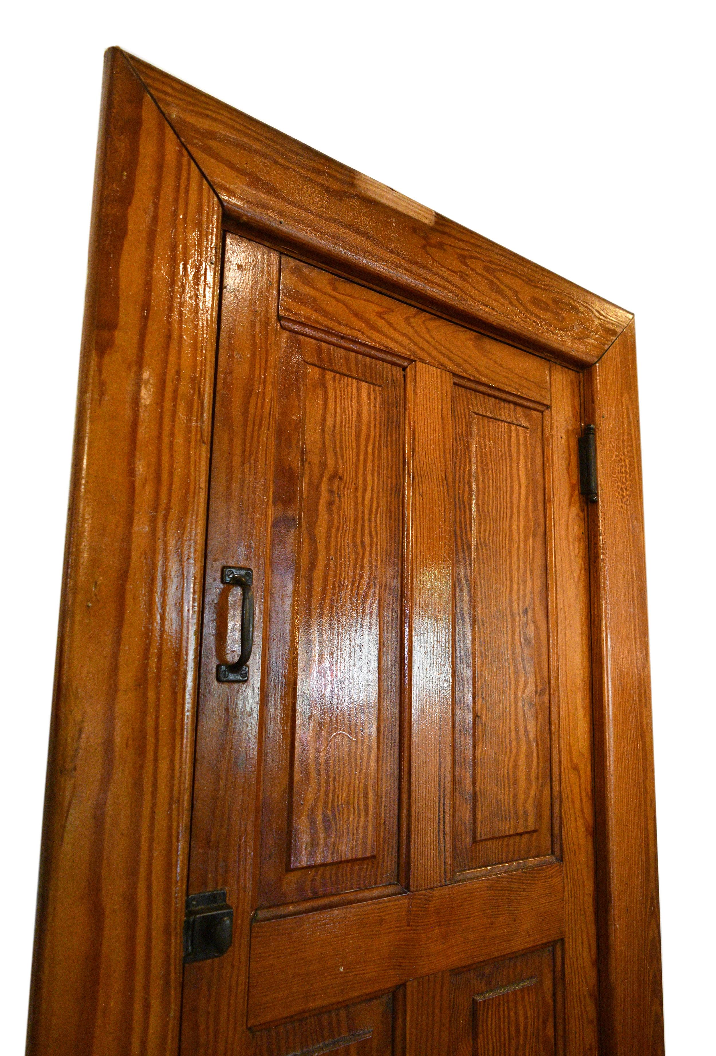 petite-door-2.jpg