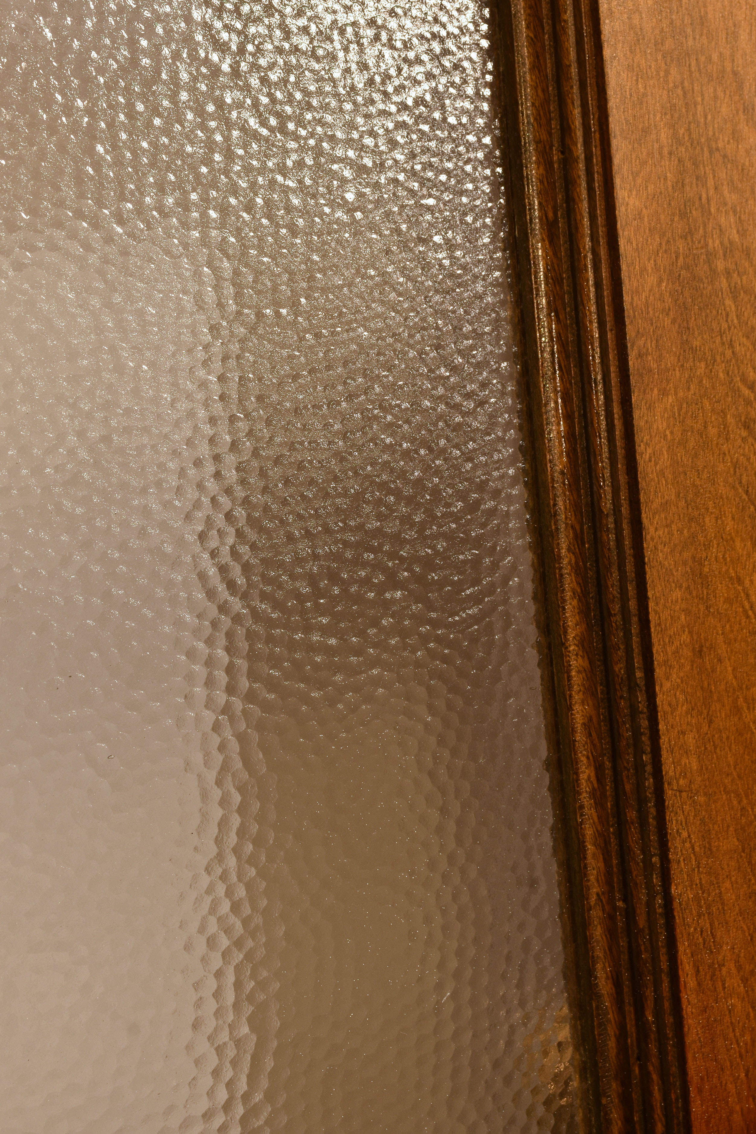 48393 double door pebble closeup 2.jpg