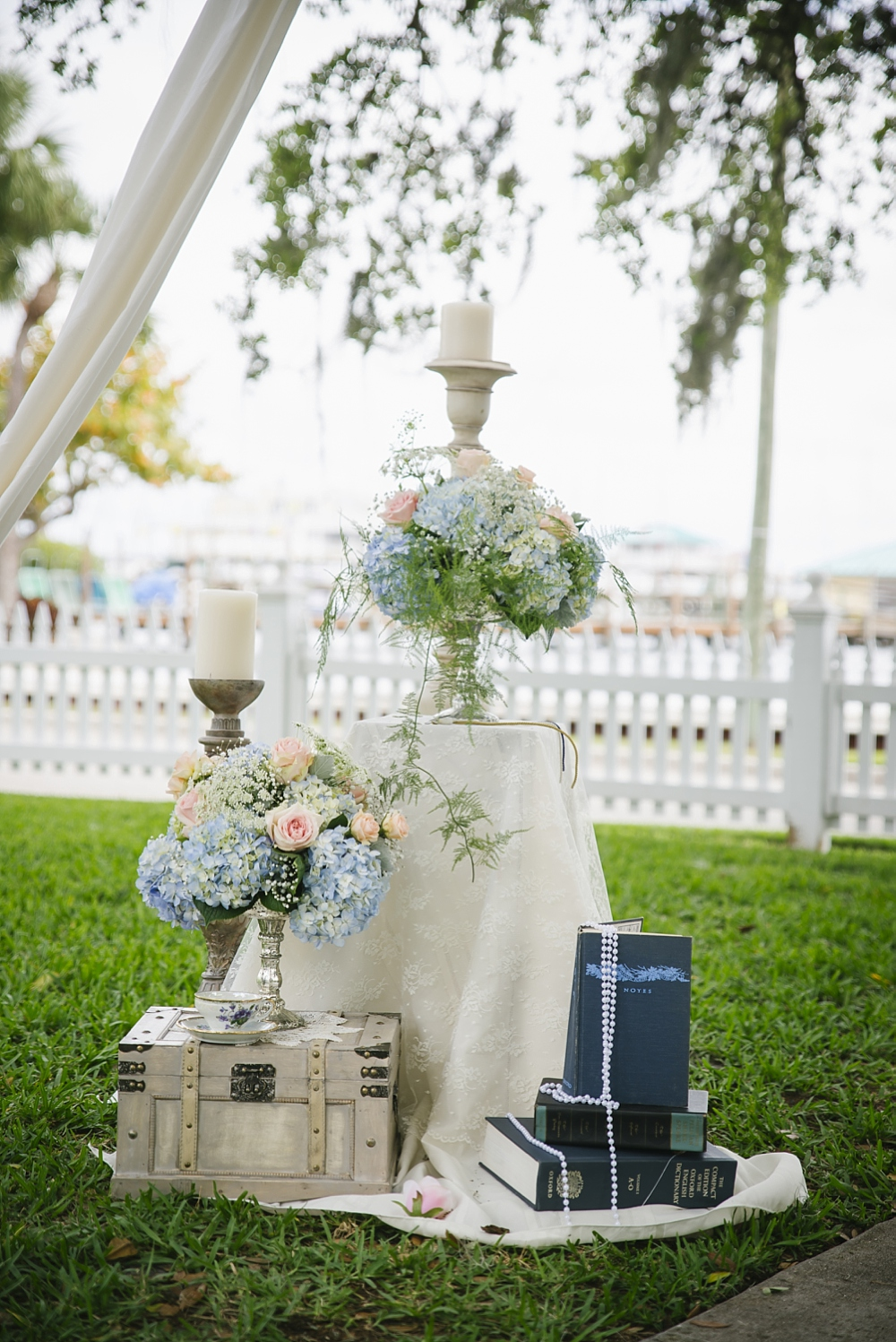 ceremony decor palmetto riverside B&B wedding photos