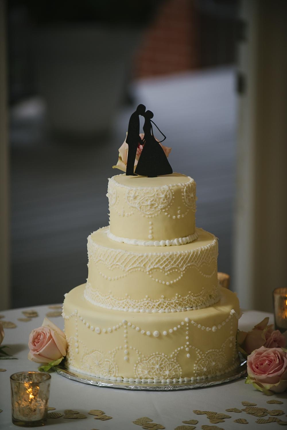 cake palmetto riverside B&B wedding photos