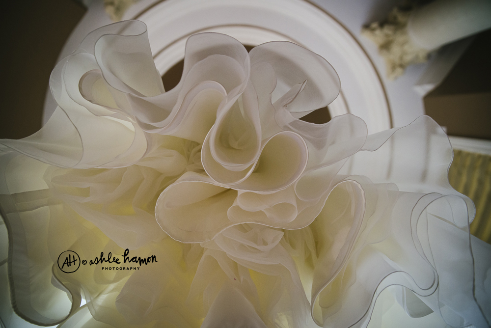 creative wedding dress photo