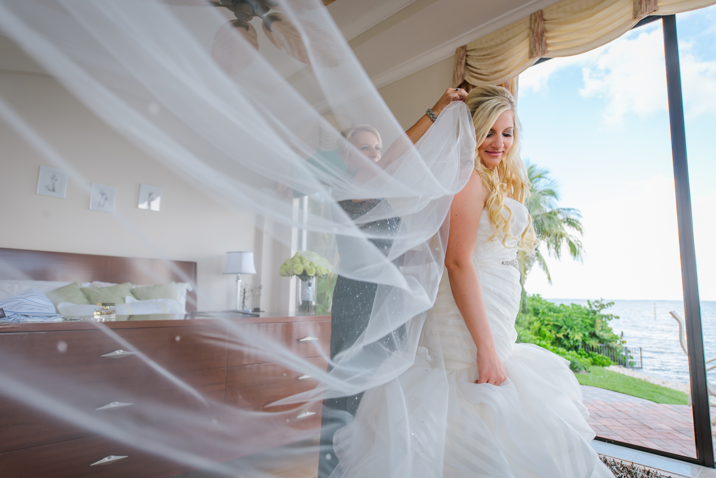 tampa-wedding-photographer-bride-portrait-getting-ready-cathedral-veil