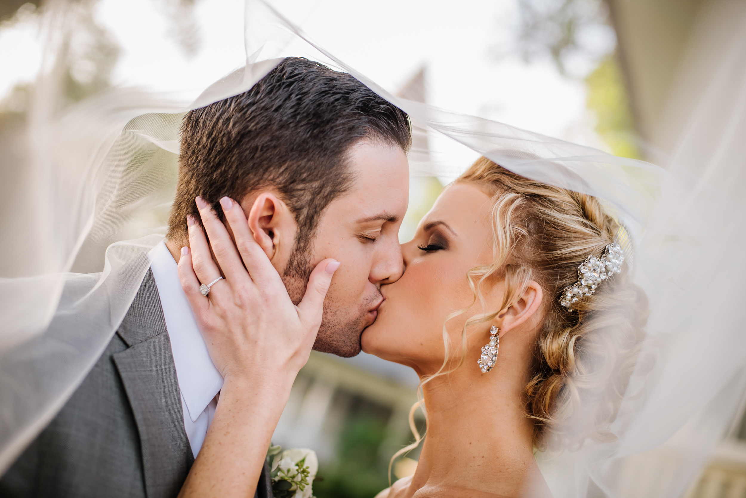 Shawna & Anthony's day was all about romance and glamour. I love this sneaky through the veil frame of a sweet kiss.