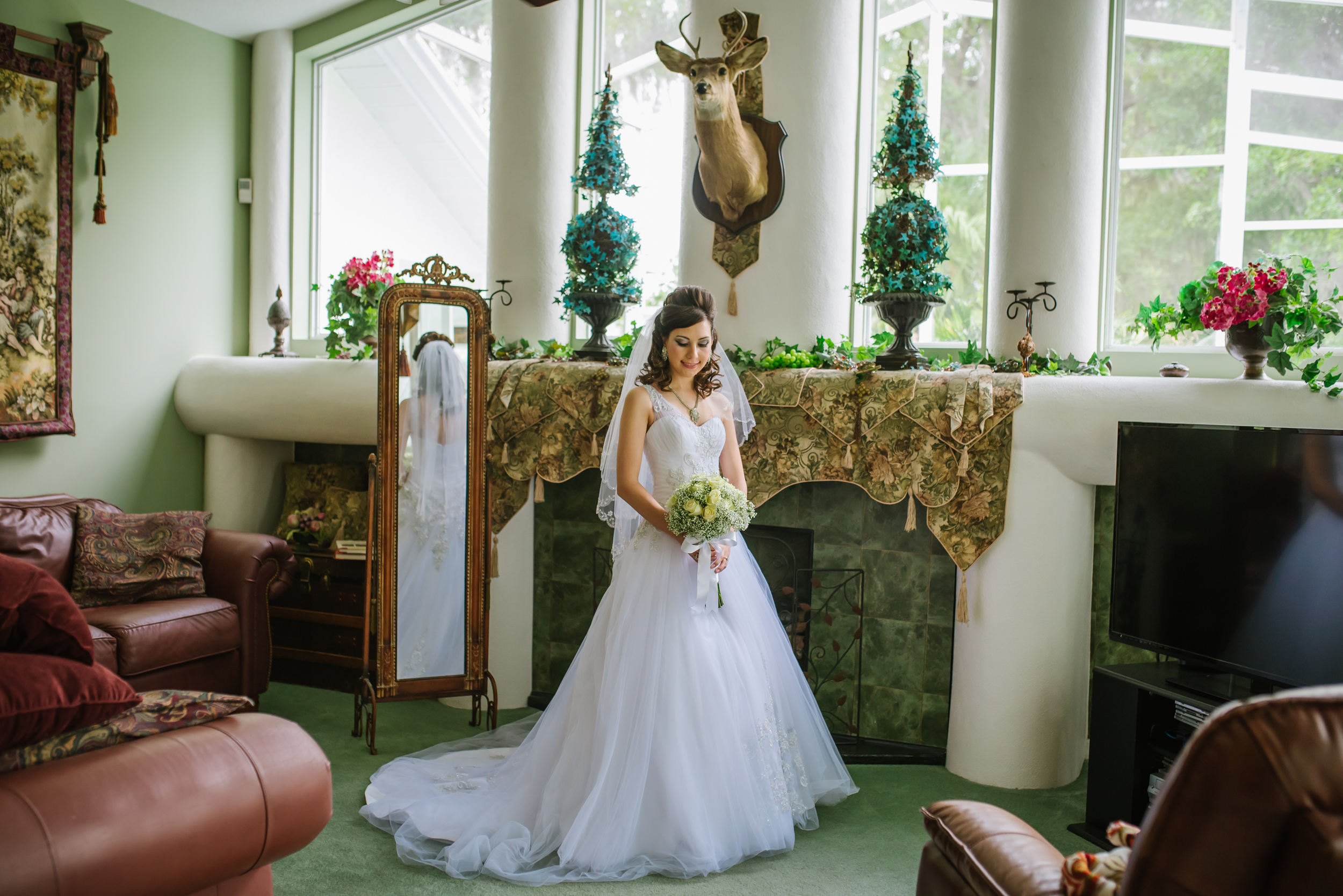 Sweet Liz & Josh got married at Sacred Heart, but first she got ready in her childhood home. I just love this portrait of Liz before she headed off to say I do.