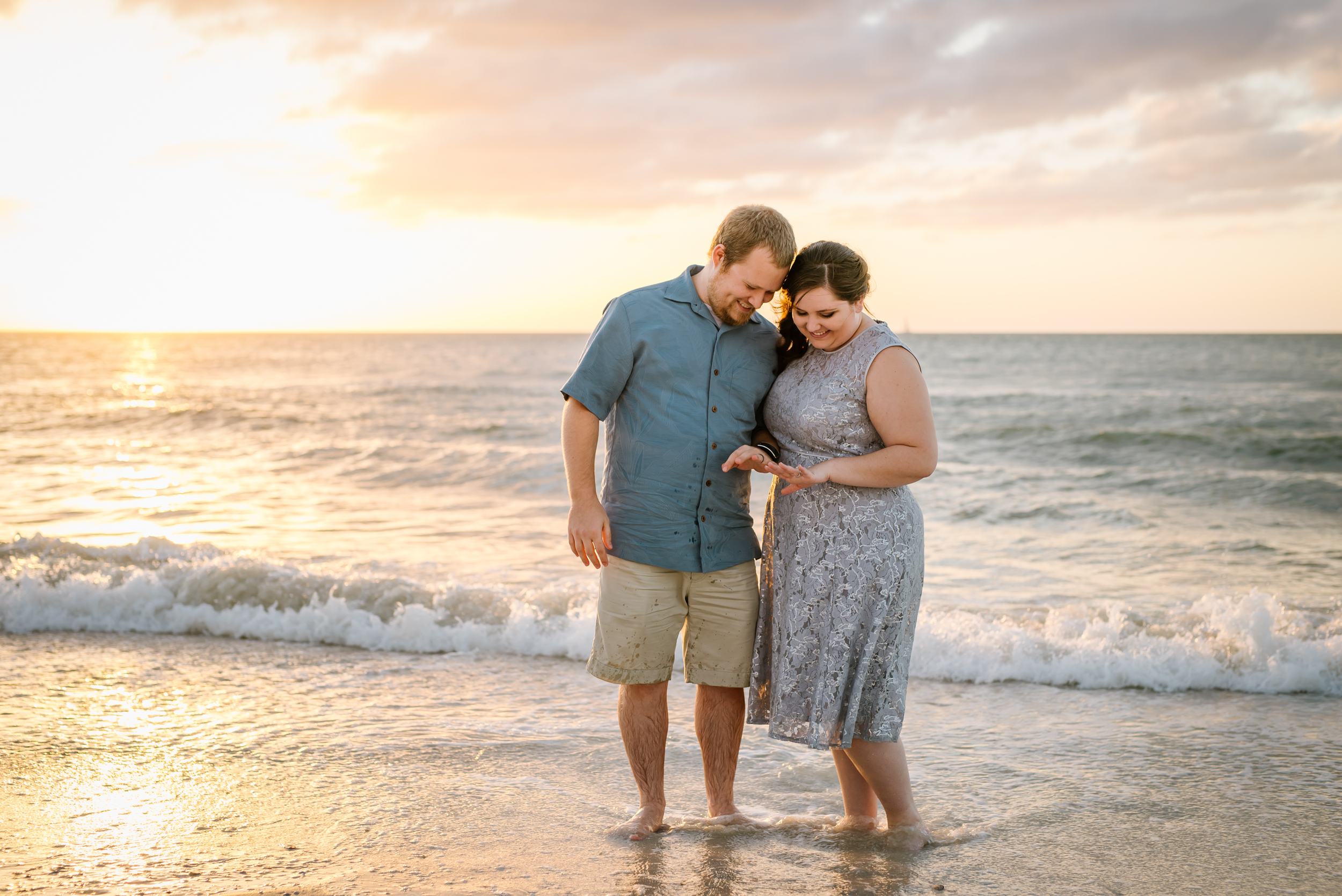 I love this casual beach elopement with David and Megan!