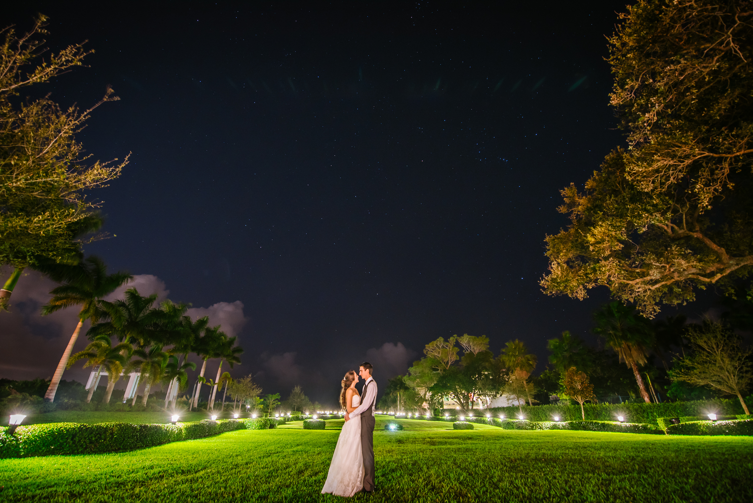 Just after Christmas I ventured down to Miami for Catherine and Trey's epic wedding day. Catherine is the sister of Emily, one of my very first brides! This ling exposure on the lawn of their incredible venue is of of my new all time favs.