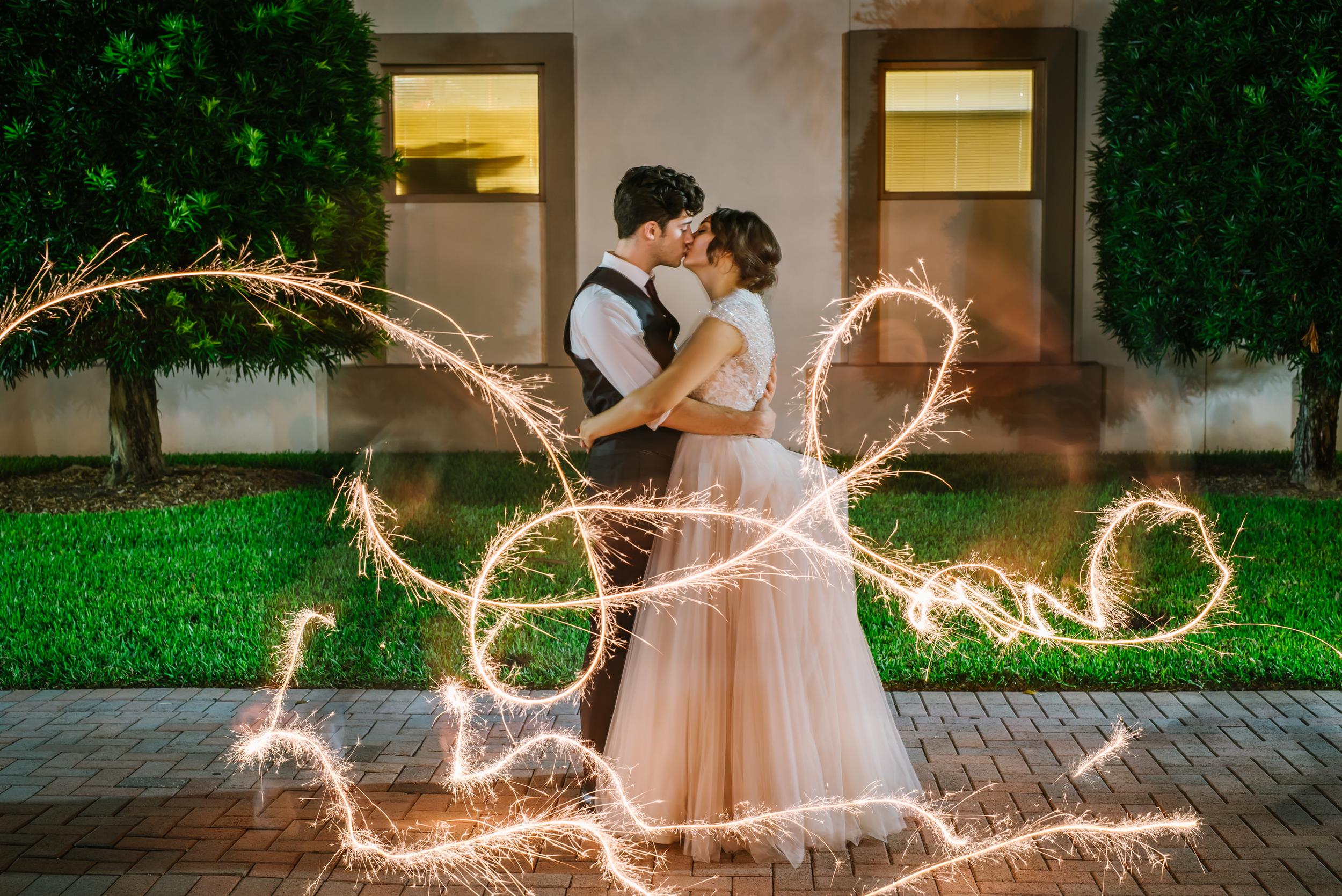 tampa-wedding-photographer-south-florida-museum-sparklers-fun-romantic