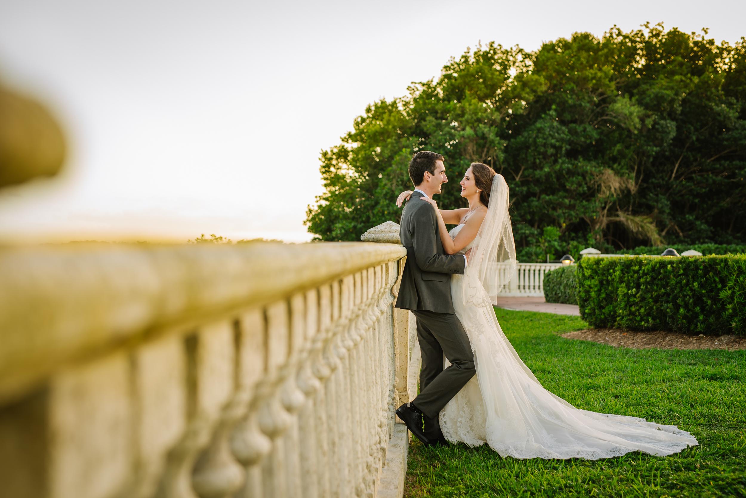 tampa-wedding-photographer-thalatta-estate-miami-bride-groom-portrait-vibrant-creative