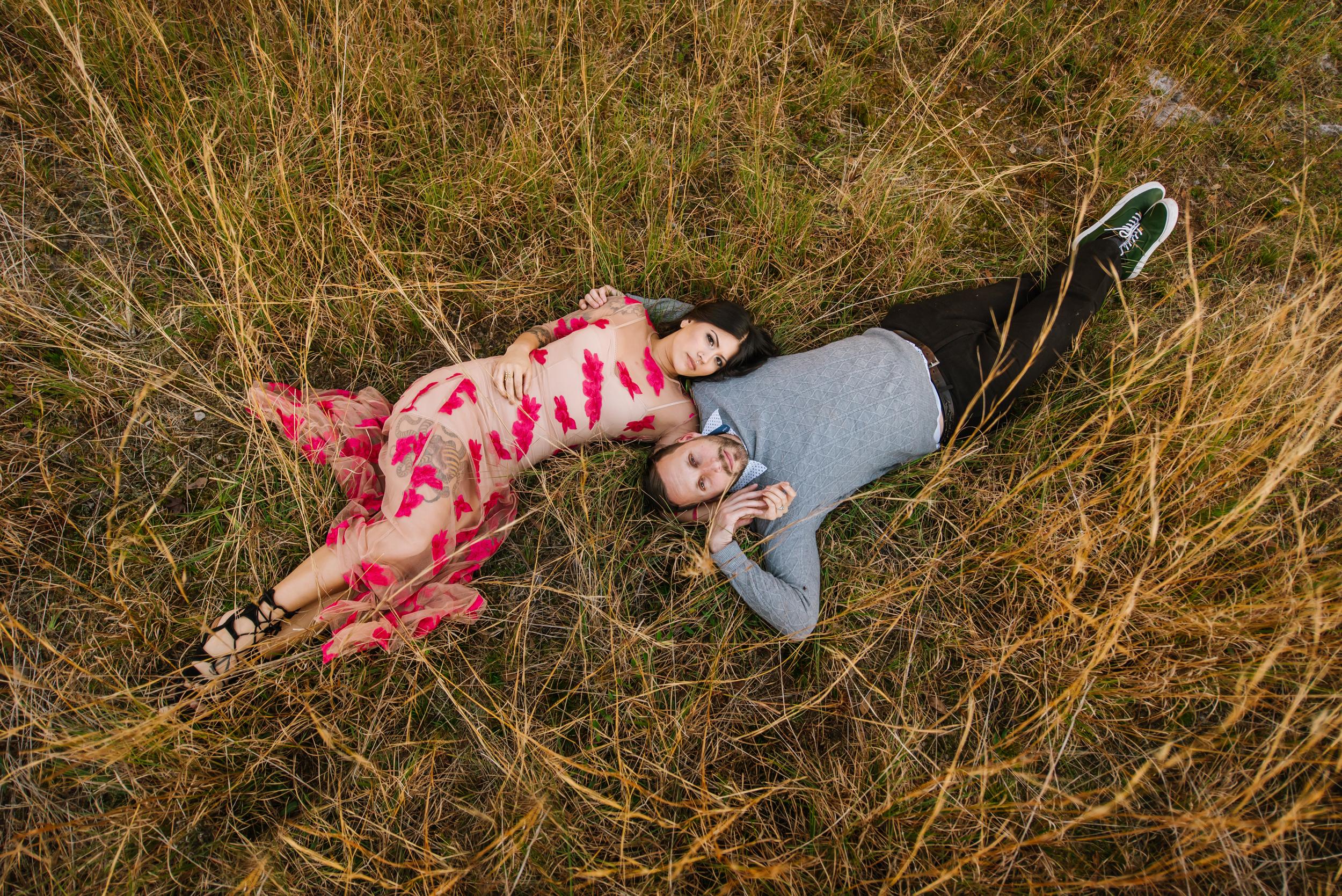 tampa-engagement-photographer-fun-vibrant-morris-bridge-outdoor-romantic