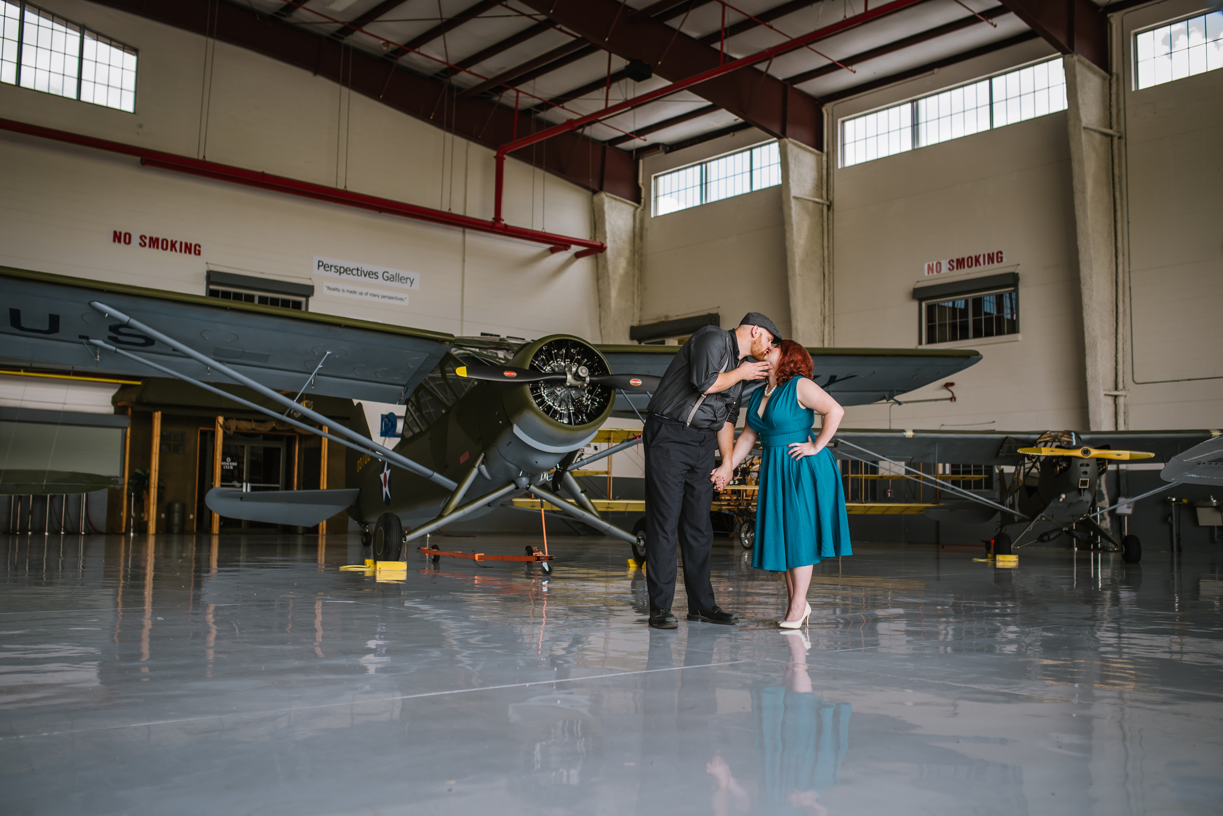tampa-engagement-photographer-vintage-planes-airplane-fun-fantasy-of-flight