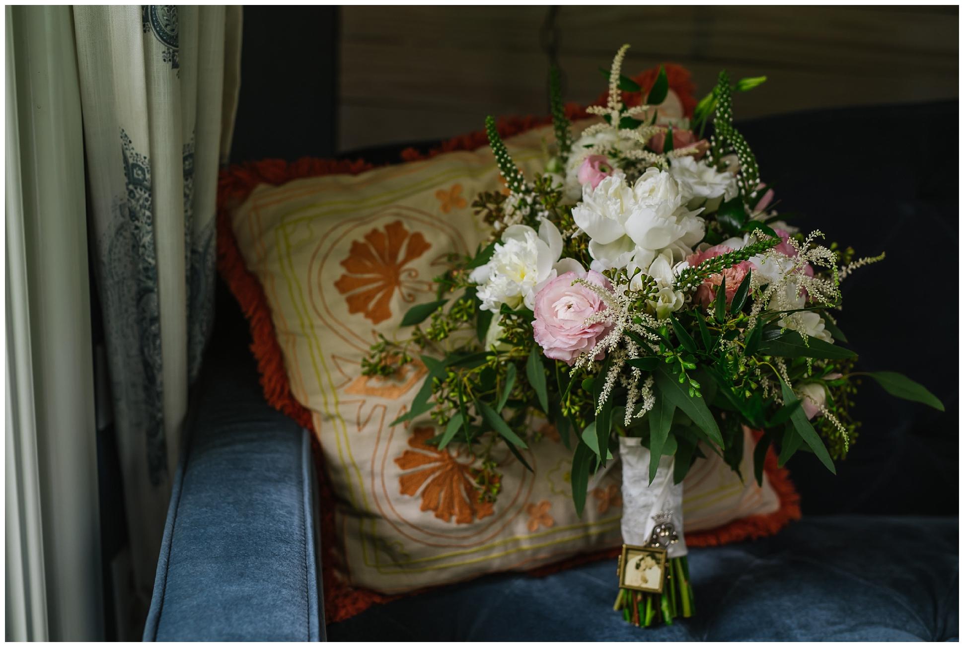 st-pete-wedding-photographer-italian-romance-theme-rustic-flower-crown_0363.jpg