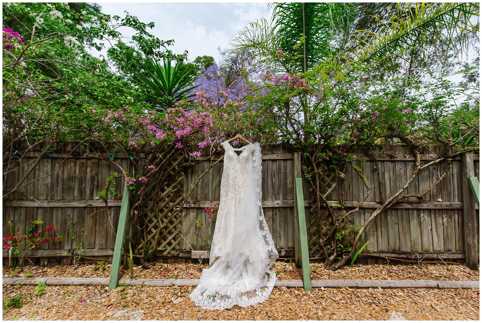 st-pete-wedding-photographer-italian-romance-theme-rustic-flower-crown_0373.jpg