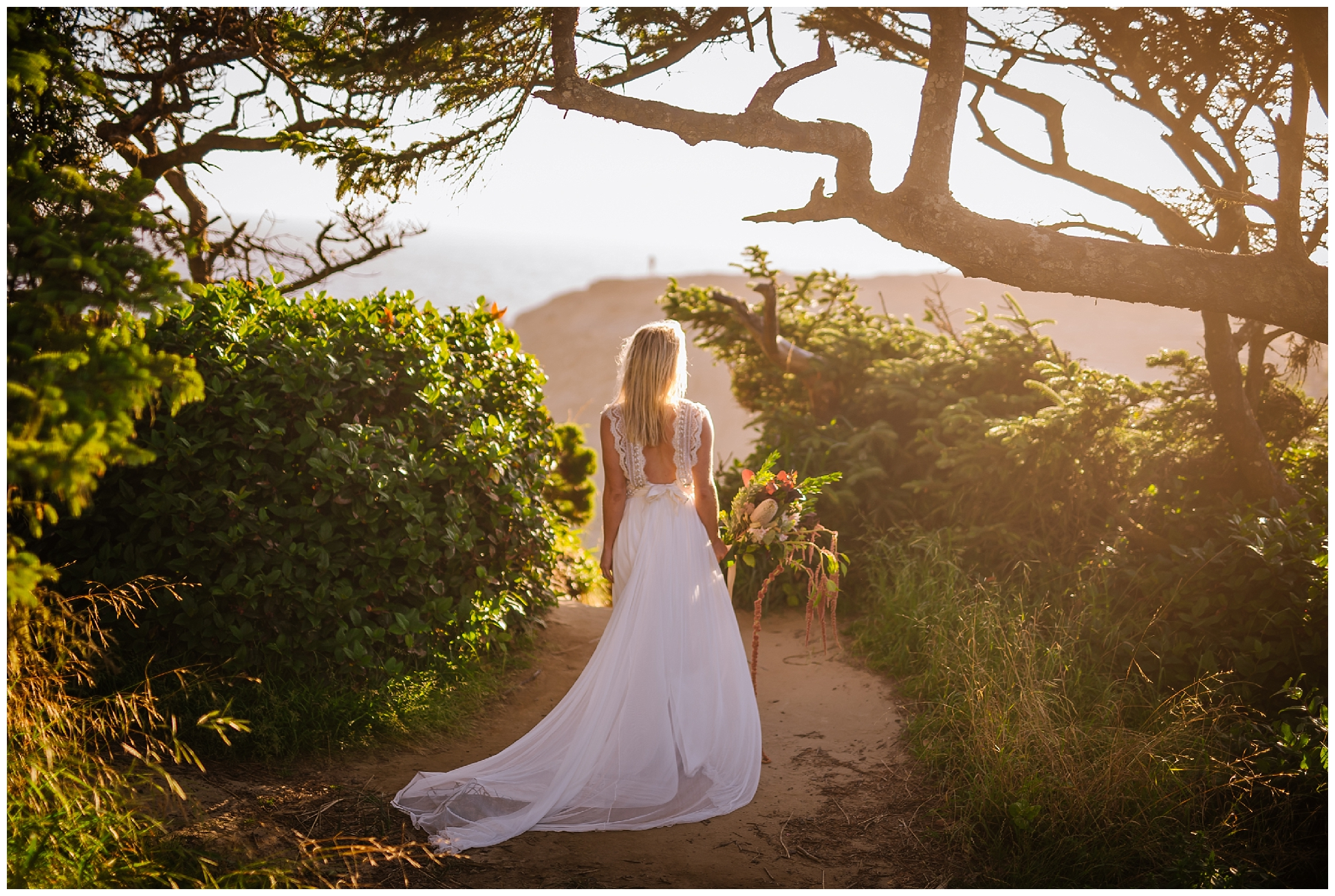 Cape-kiwanda-bridal-portrait-destination-wedding-photographer_0025.jpg