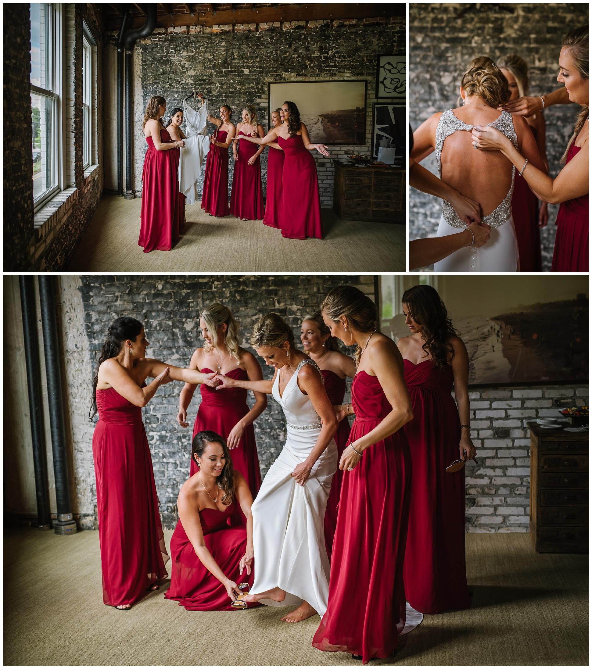 Oxford-exchange-wedding-photogapher-garland-candels-bookstore-burgandy-botanica_0009.jpg