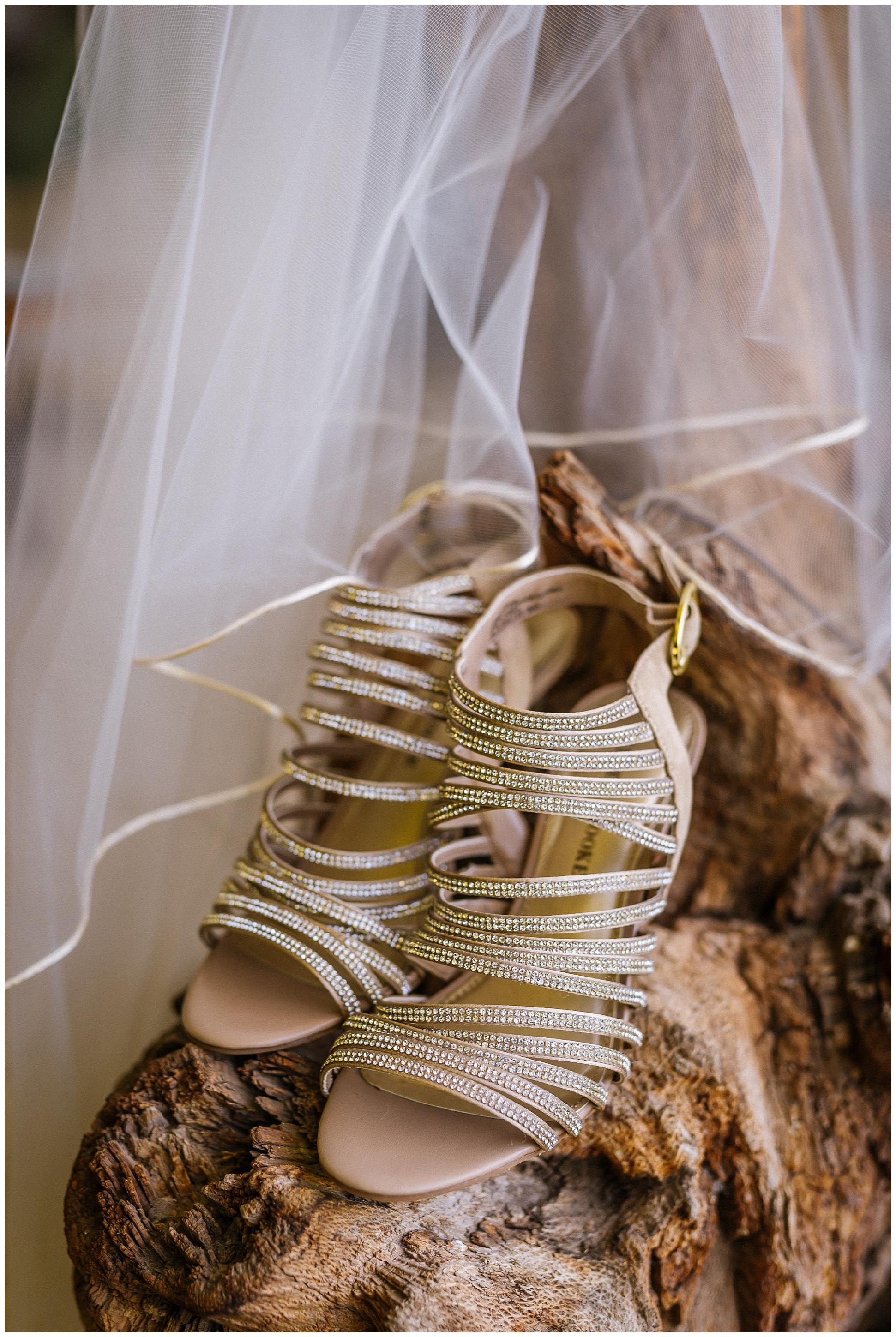 Cheilean-destination-adventure-wedding-florida-patagonia-pucon-santa-cruz-vsco_0054.jpg