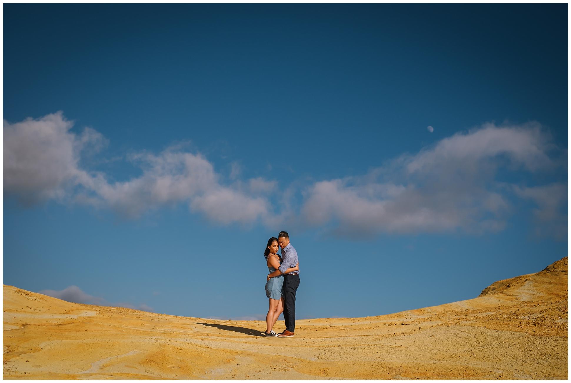 Cape-kiwanda-bridal-portrait-destination-wedding-photographer_0002.jpg