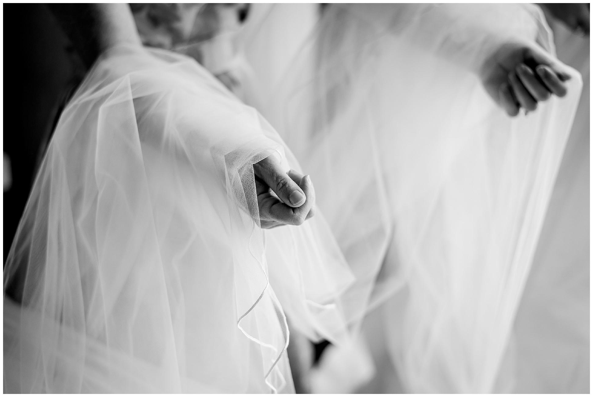 Tampa-streamsong-wedding-photographer-golf-resort-navy-blue-peonie_0052.jpg