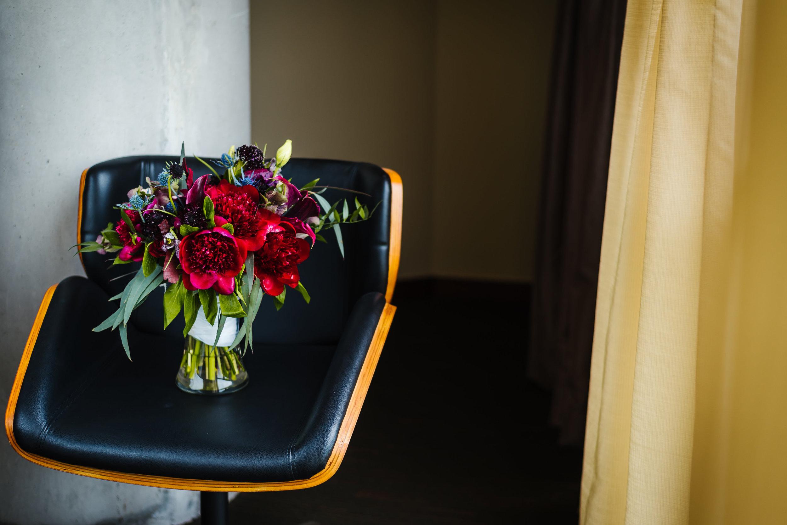 Tampa-Wedding-Photographer-Streamsong-Resort-Bouquet-Peonies-Bridal.jpg