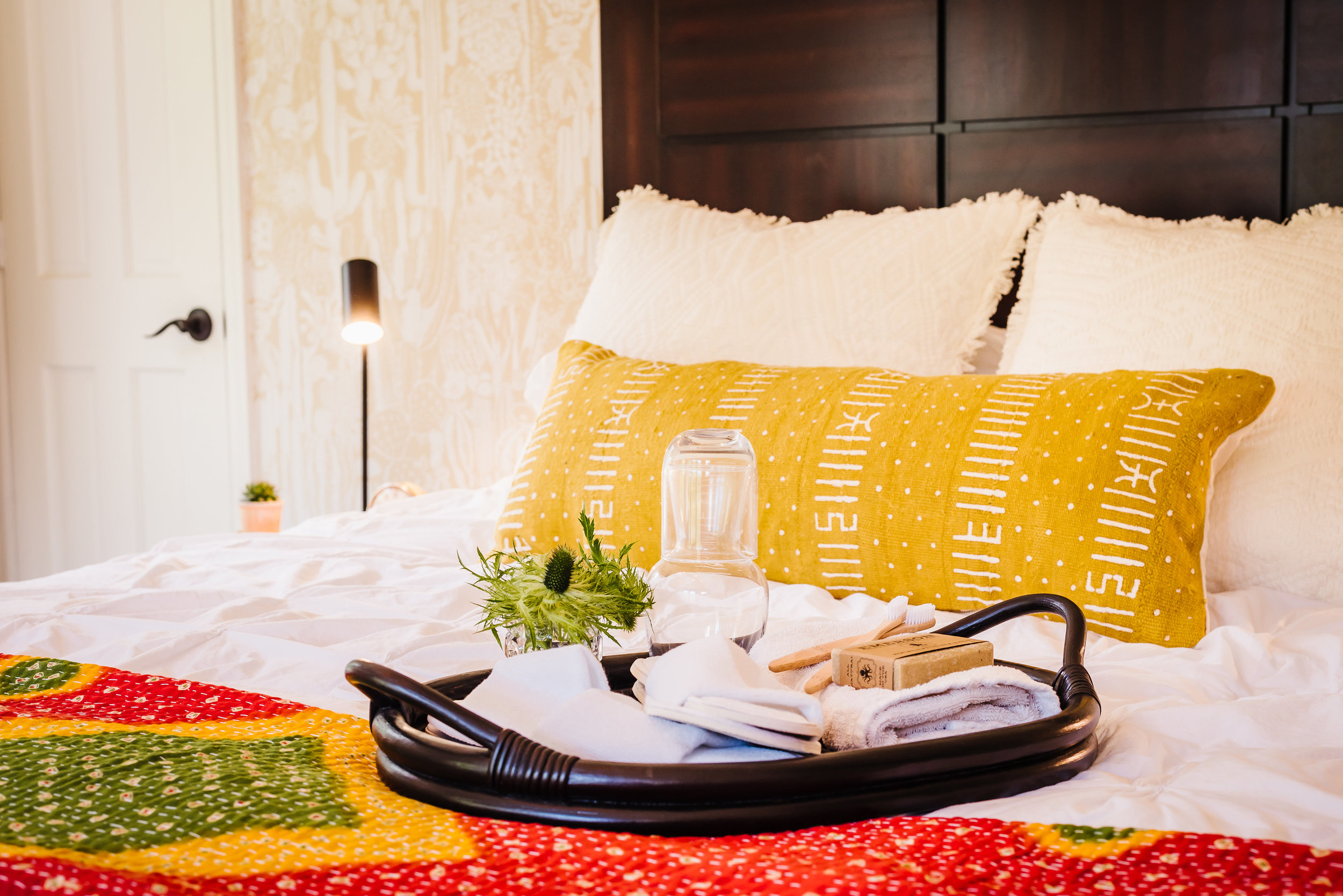Tampa-Commercial-Photography-Daly-Digs-Interior-Design-Bedroom.jpg