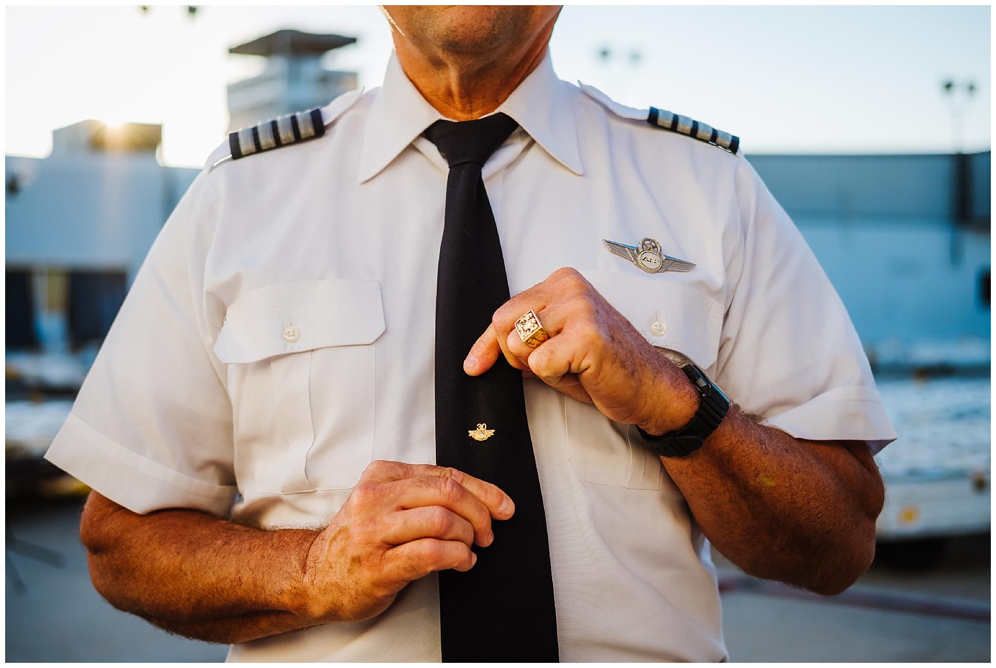el-capitan-hamon-airline-pilot_7.jpg