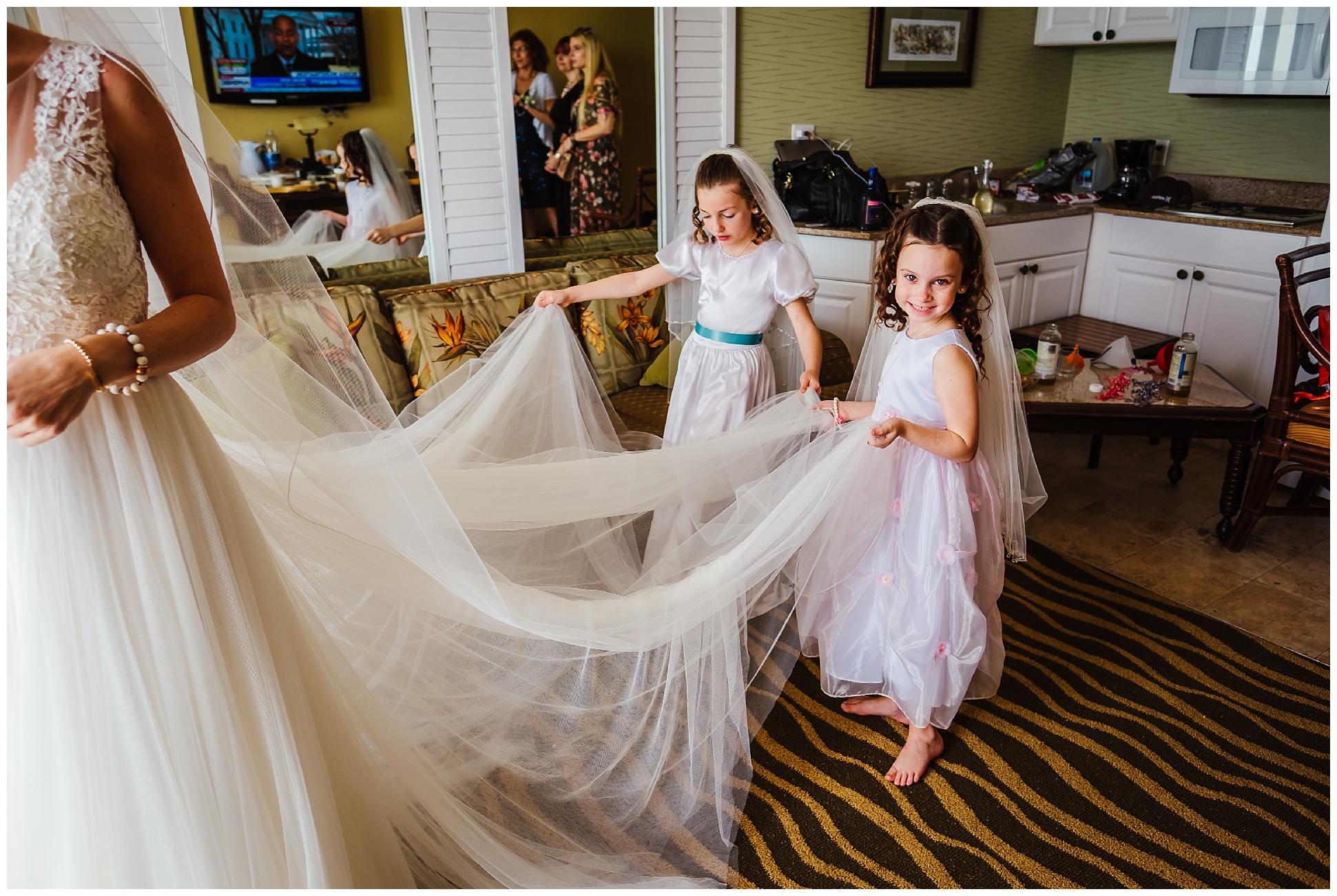 tampa-wedding-photographer-tradewinds-beach-family-elopement_0077.jpg