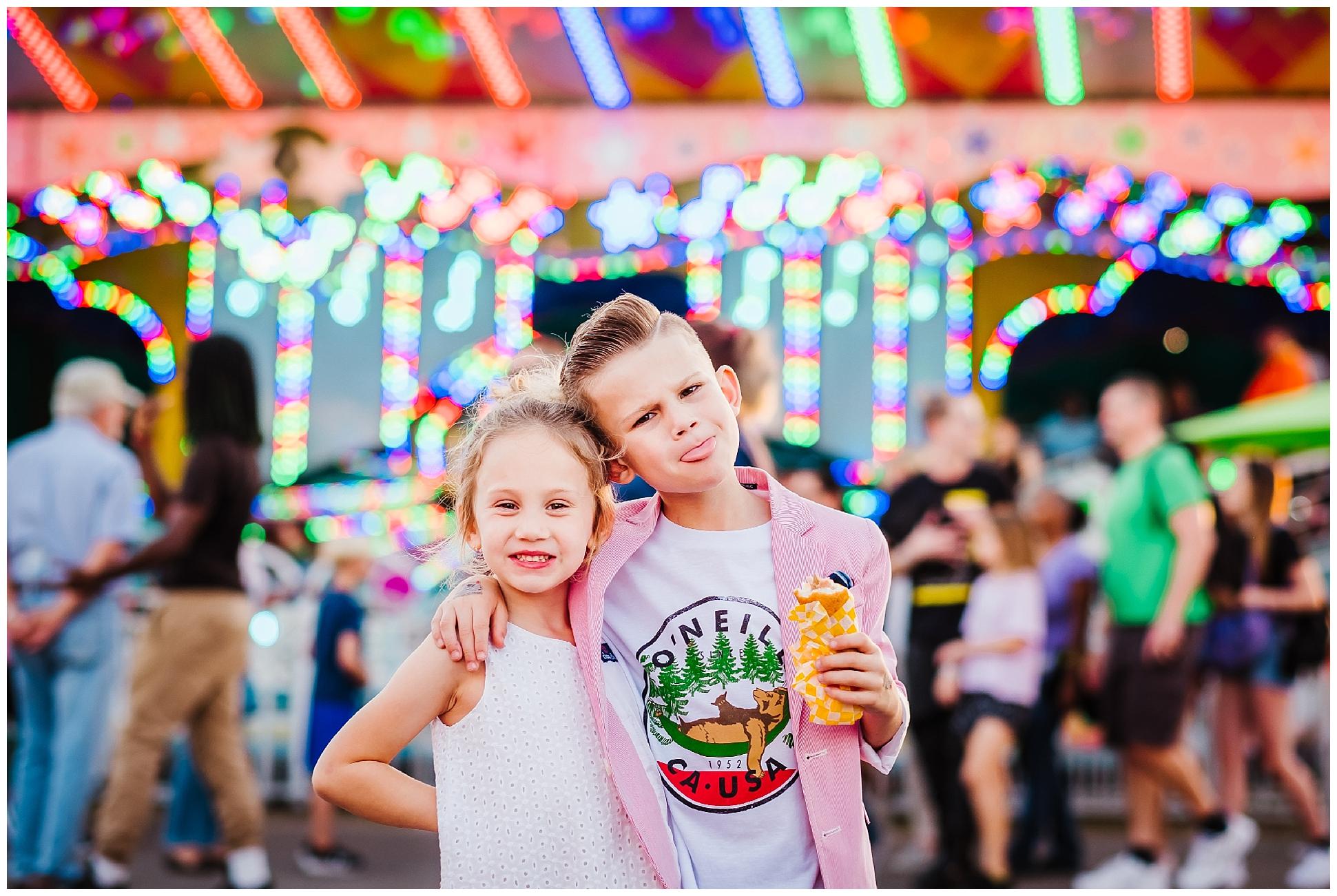 Tampa-colorful-fair-amusement park-family session_0029.jpg
