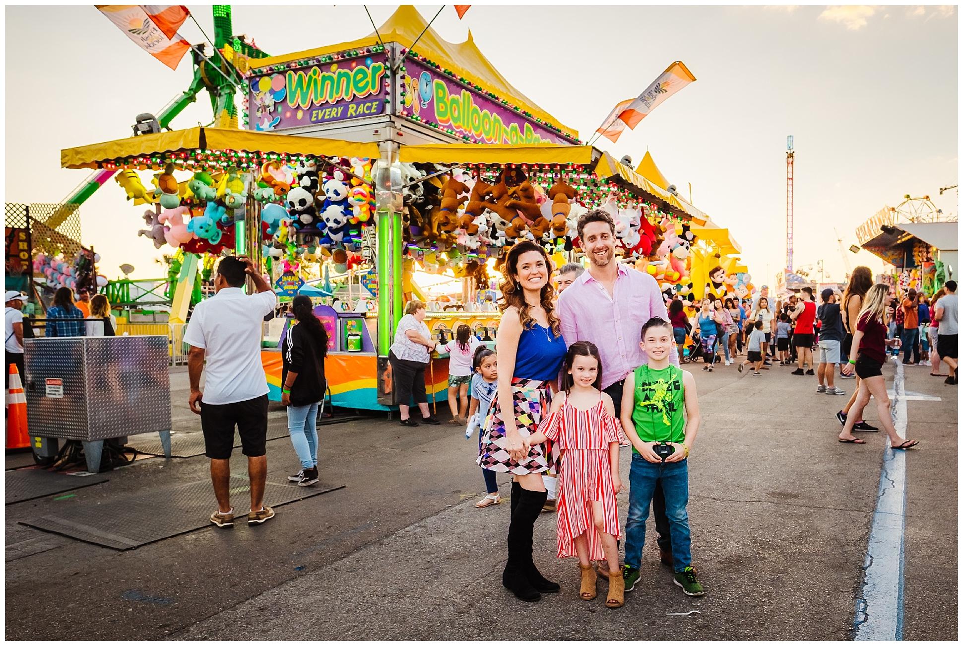 Tampa-colorful-fair-amusement park-dani family session_0019.jpg