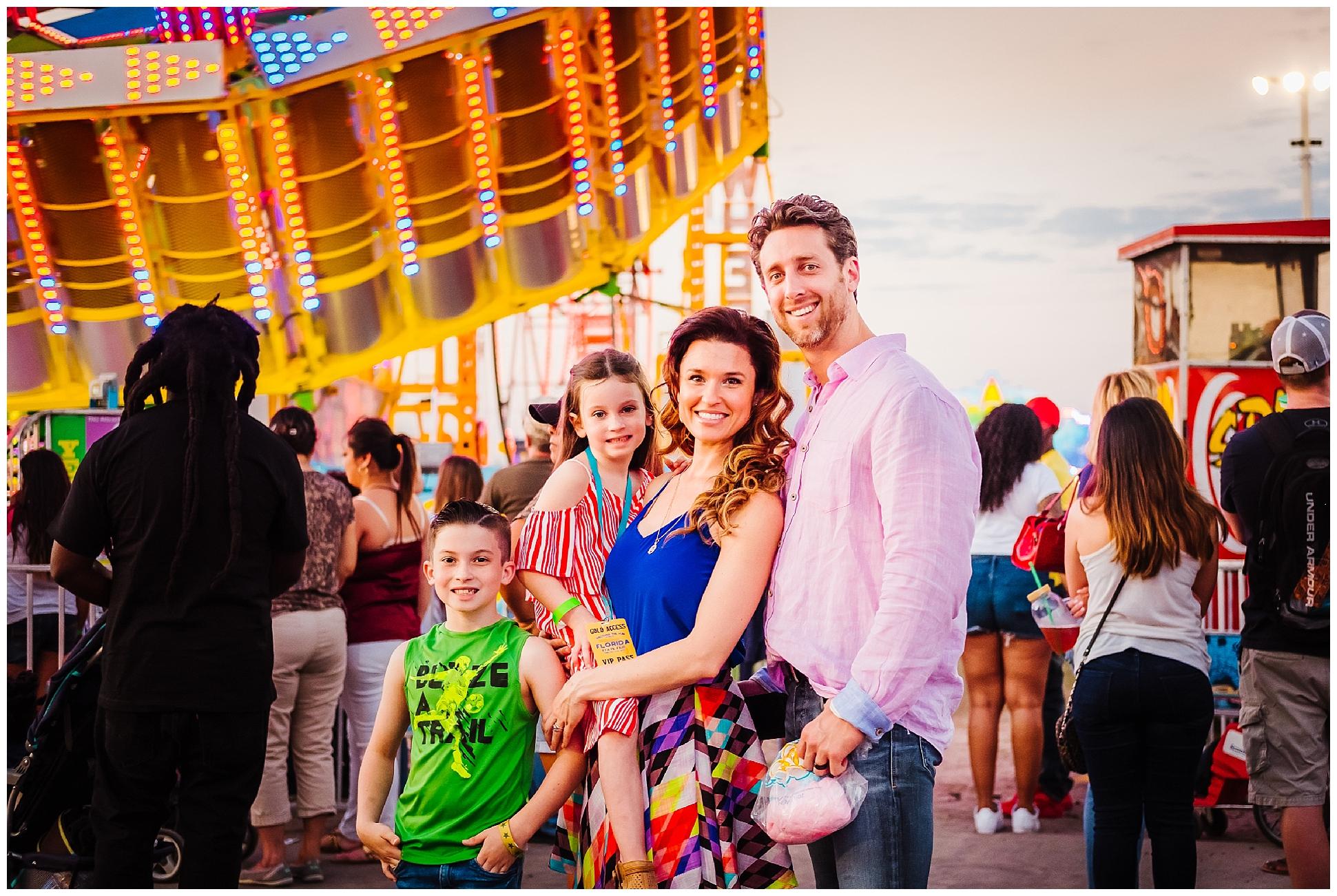 Tampa-colorful-fair-amusement park-dani family session_0025.jpg