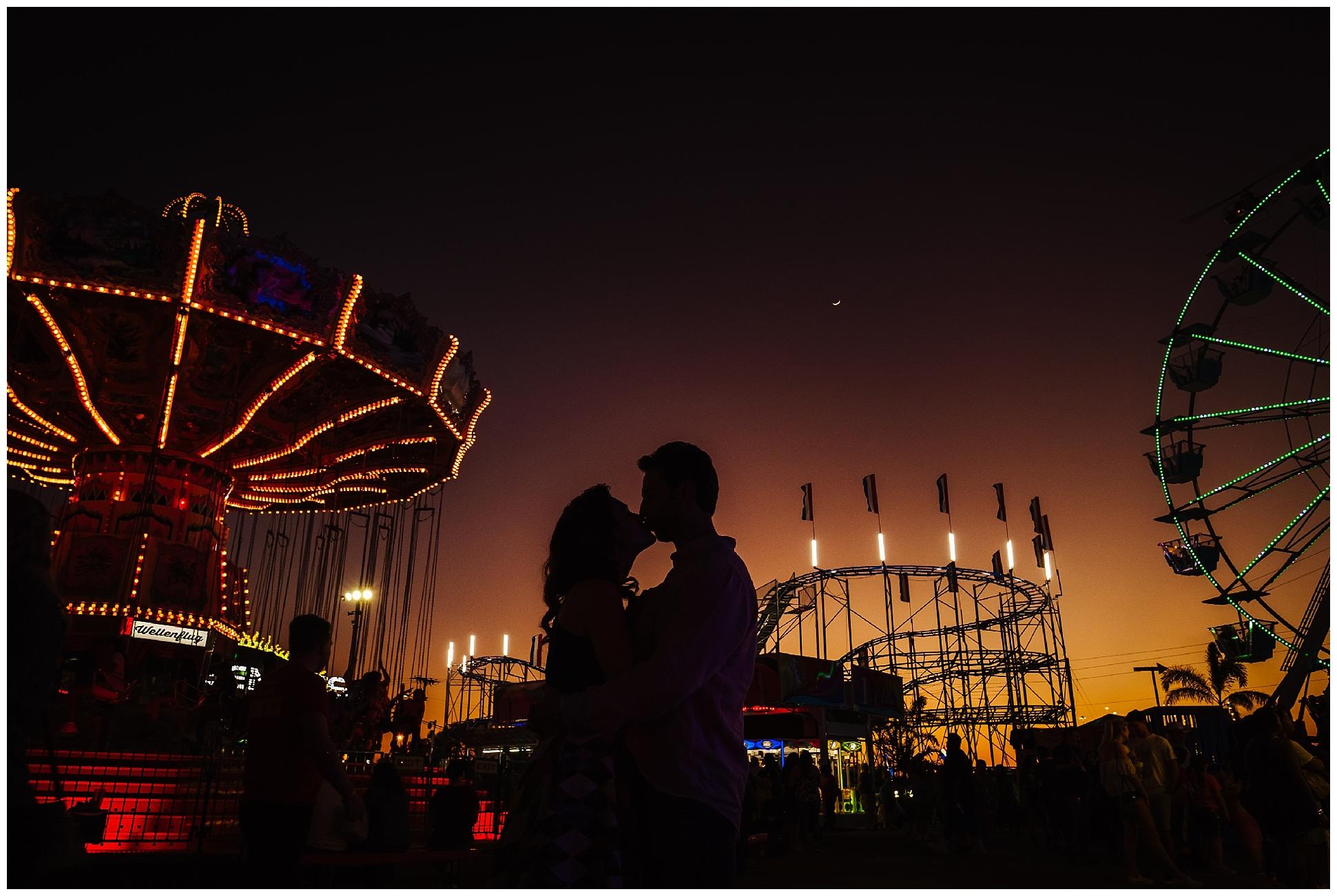 Tampa-colorful-fair-amusement park-dani family session_0027.jpg
