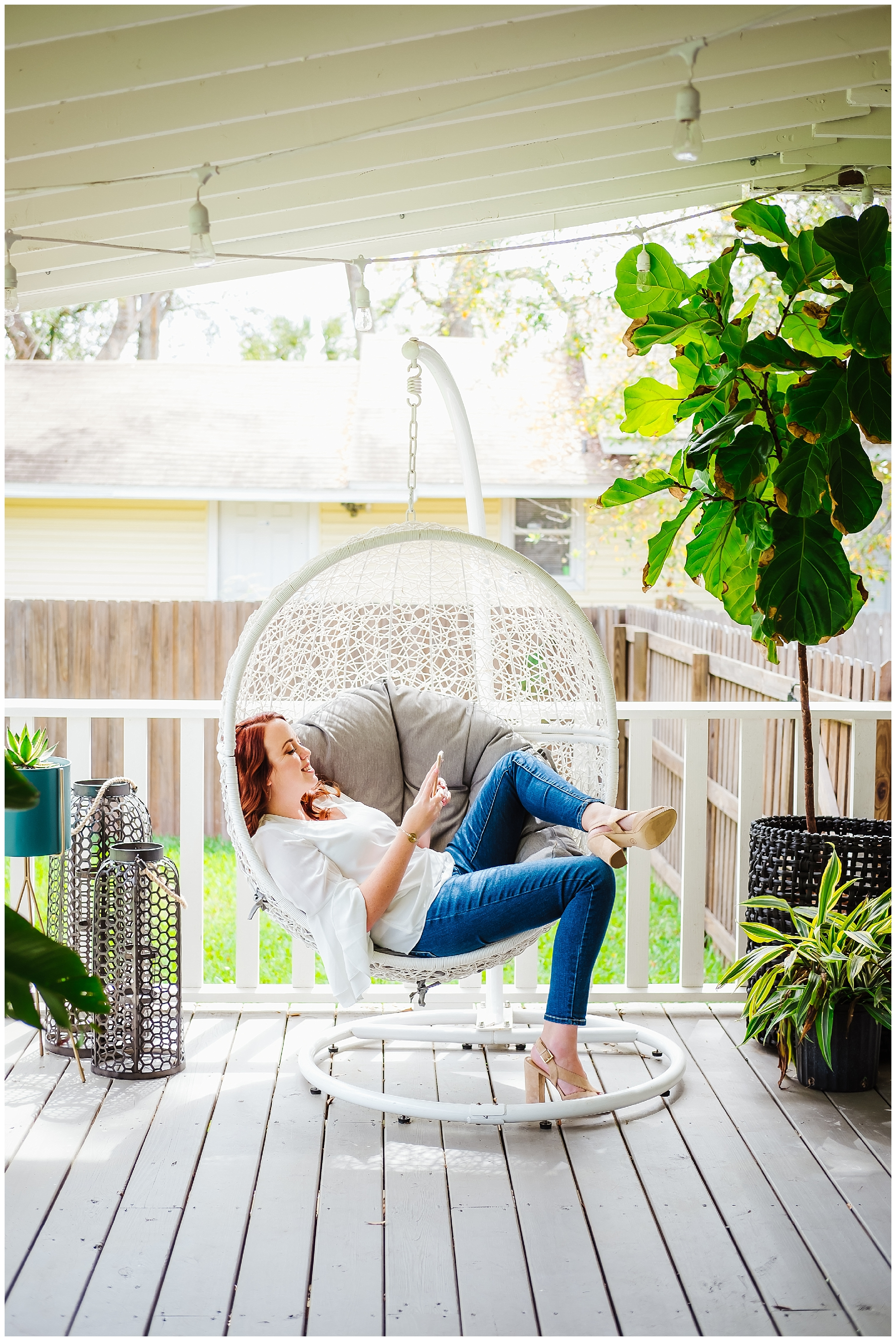 nicole williams-branding session-greenery- bubble chair_0017.jpg