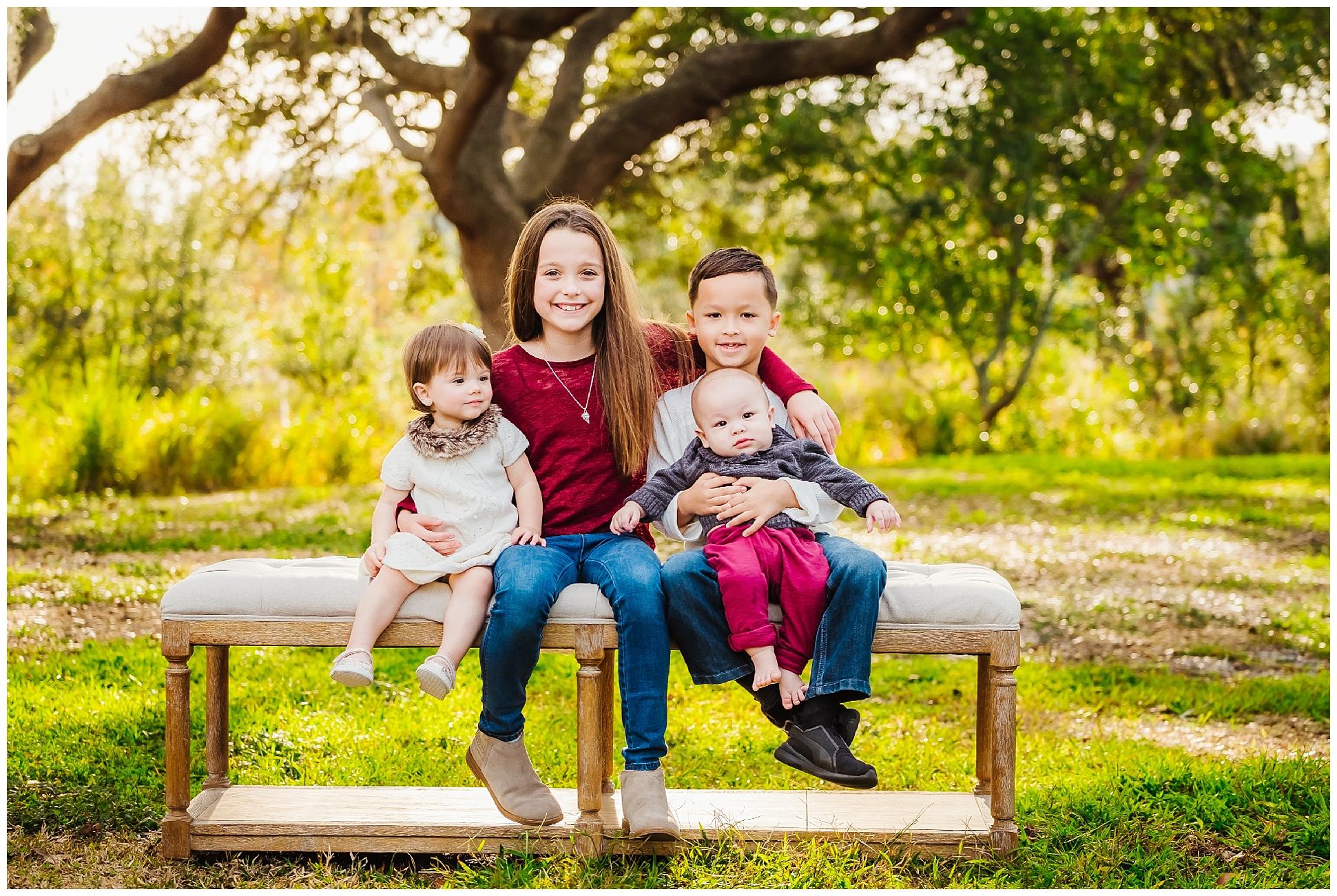 tampa-oak tree-park-holiday-gender reveal-family session_0009.jpg