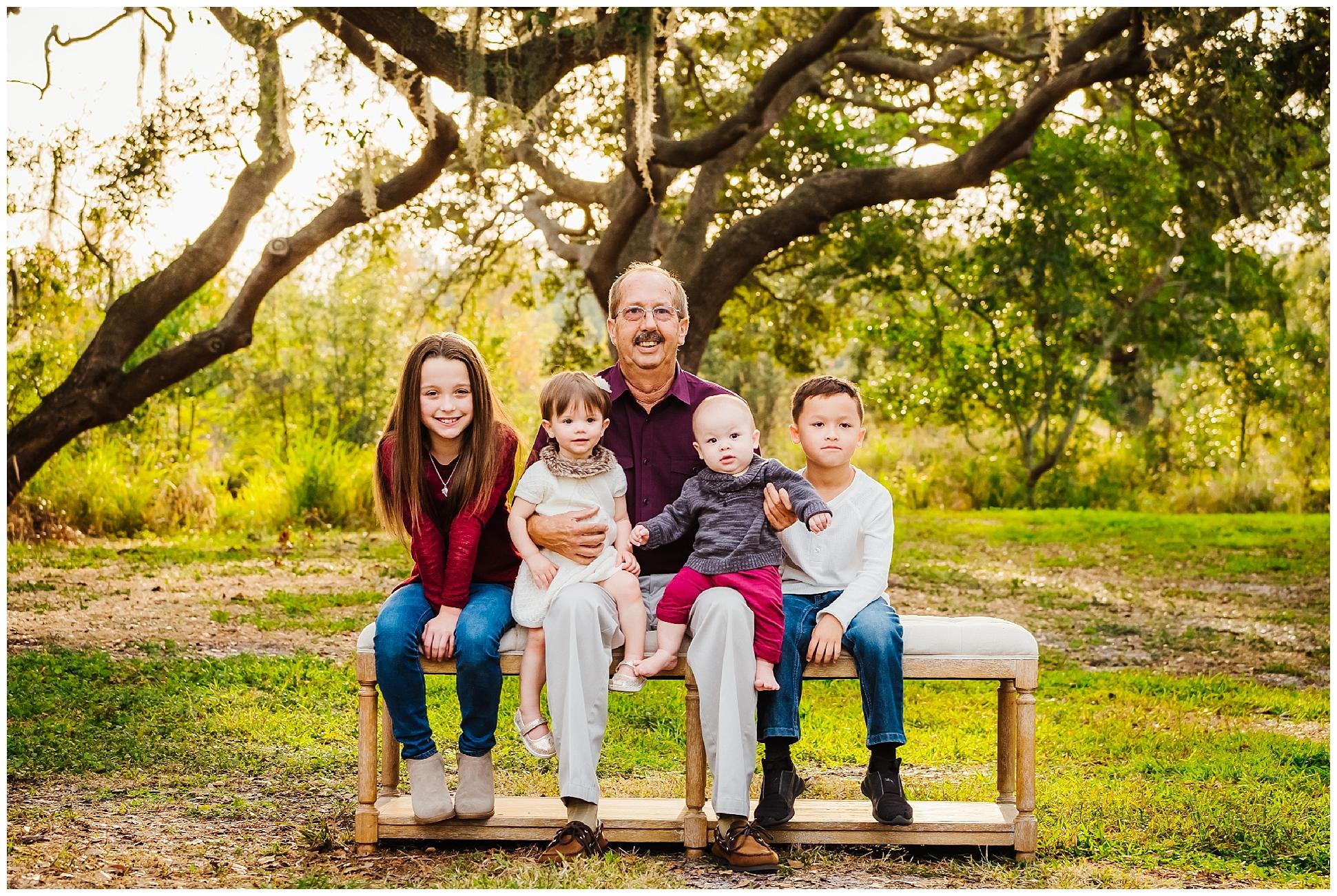 tampa-oak tree-park-holiday-gender reveal-family session_0030.jpg