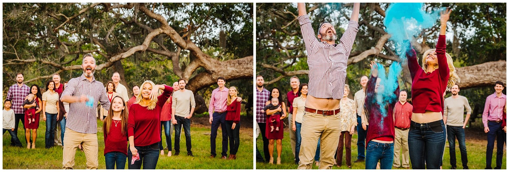 tampa-oak tree-park-holiday-gender reveal-family session_0042.jpg