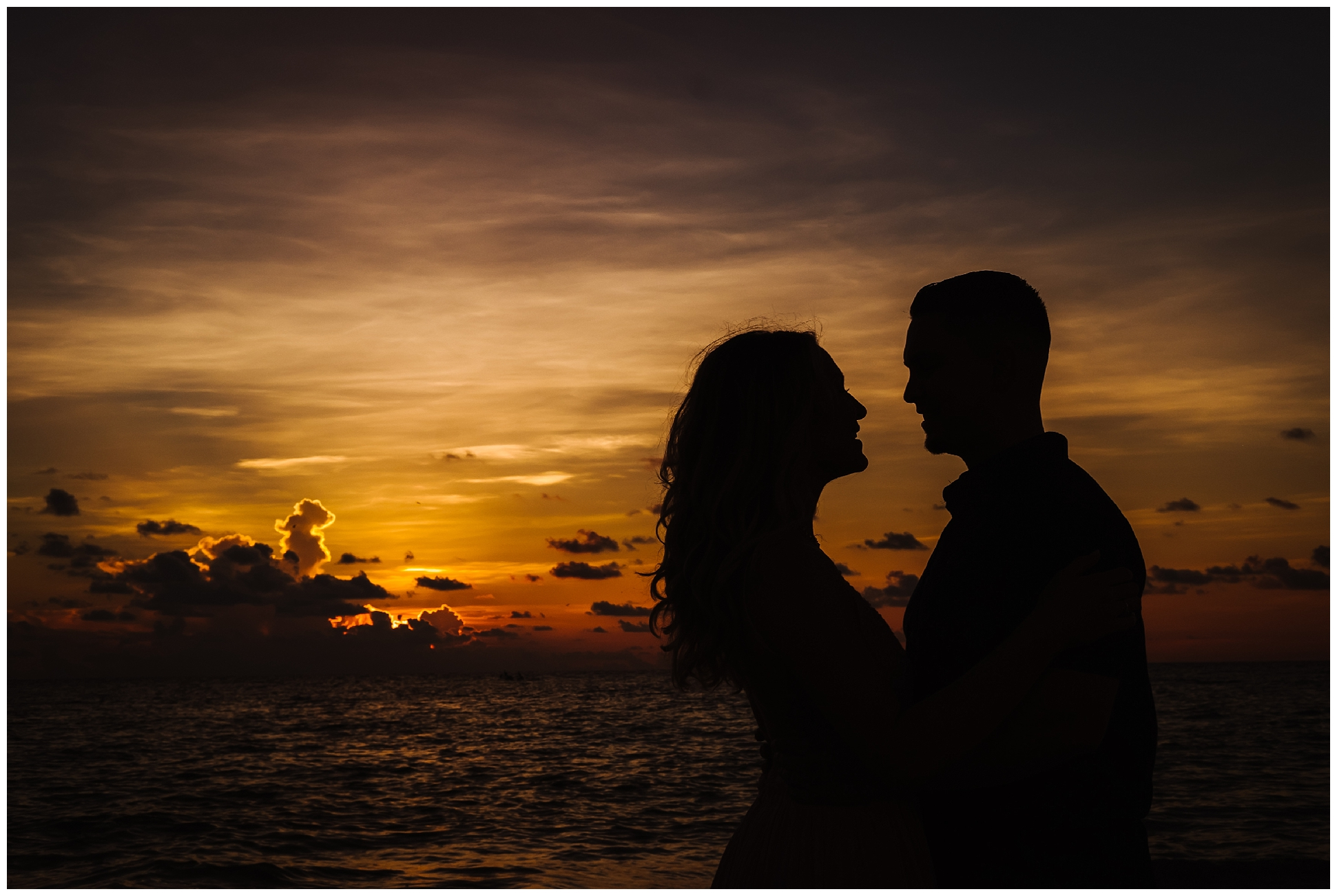 fort-desoto-engagement-photos-florida-beach-sunset_0242.jpg