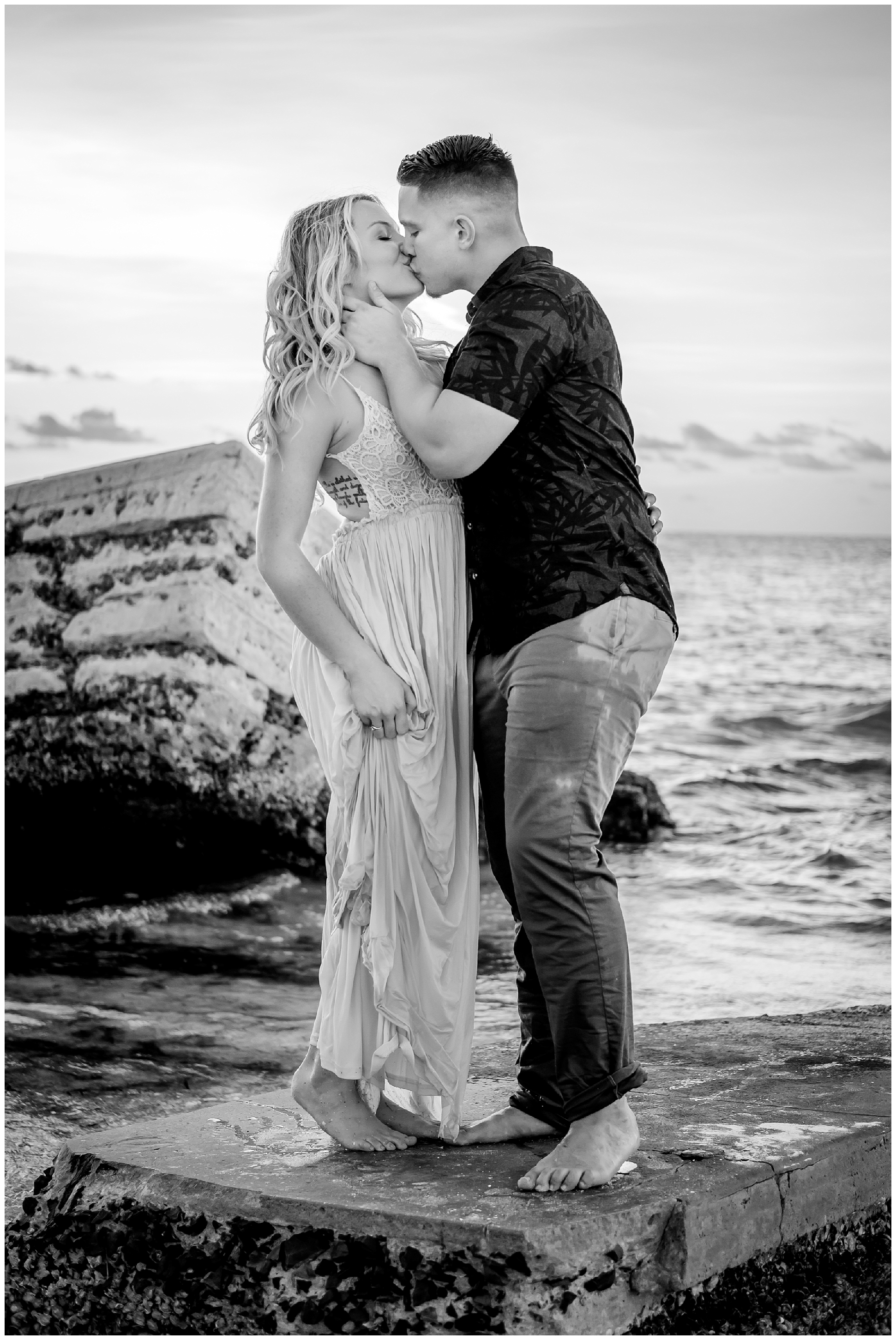 fort-desoto-engagement-photos-florida-beach-sunset_0247.jpg